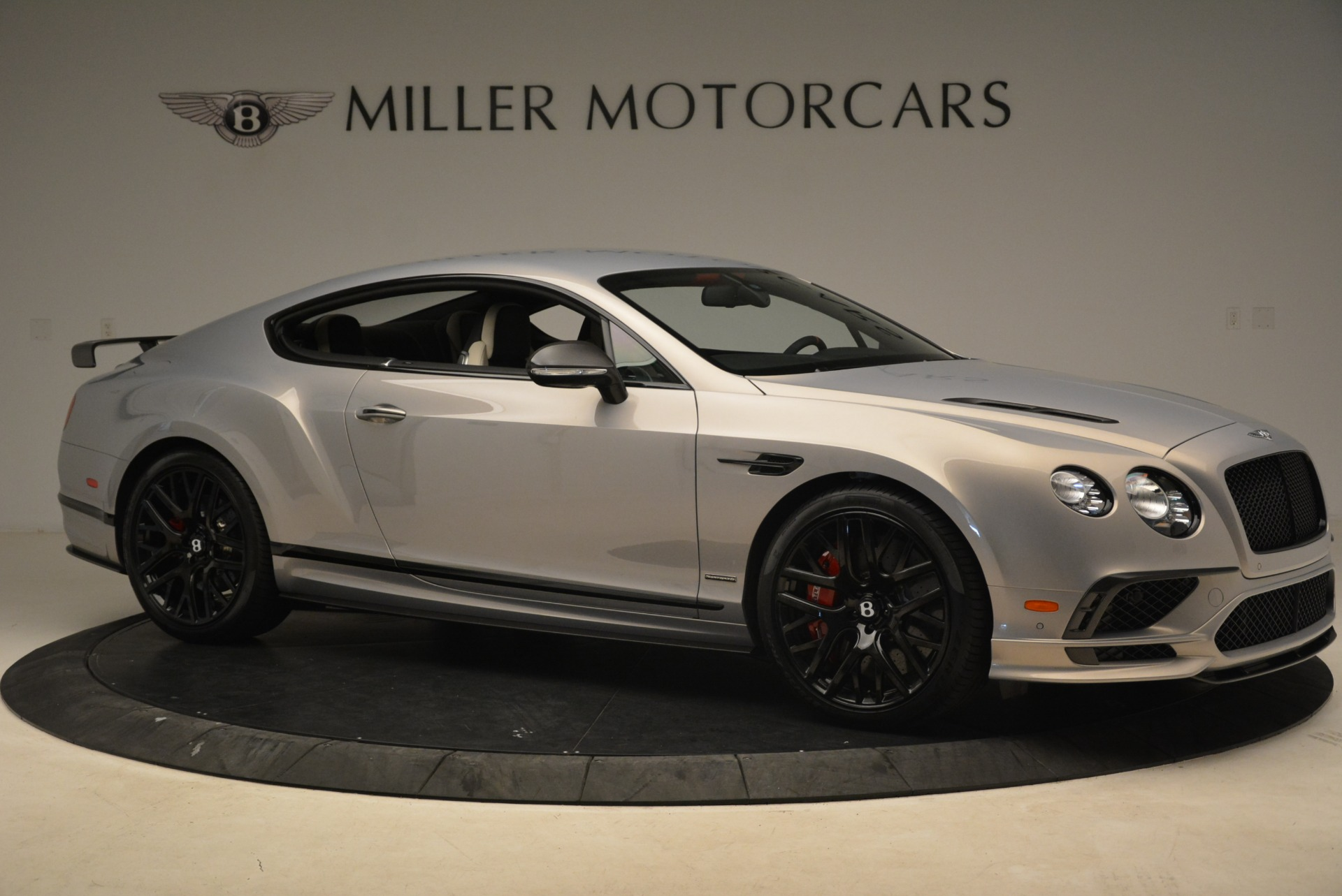 Used 2017 Bentley Continental GT Supersports For Sale In Greenwich, CT. Alfa Romeo of Greenwich, B1351 2206_p10
