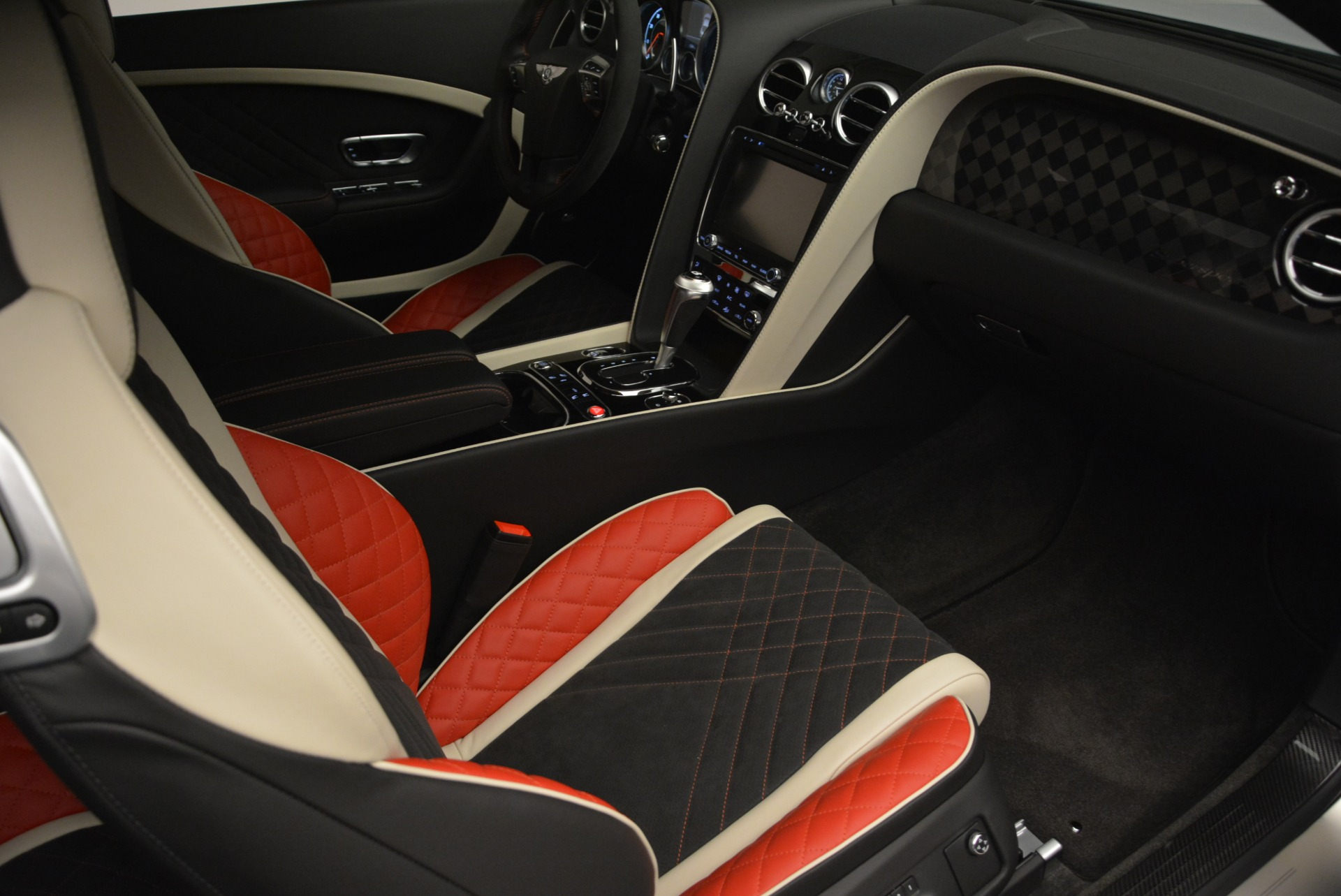 Used 2017 Bentley Continental GT Supersports For Sale In Greenwich, CT. Alfa Romeo of Greenwich, B1351 2206_p27