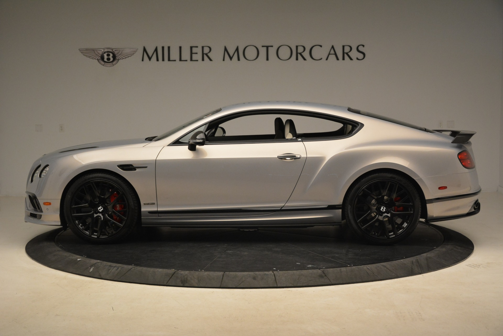 Used 2017 Bentley Continental GT Supersports For Sale In Greenwich, CT. Alfa Romeo of Greenwich, B1351 2206_p3