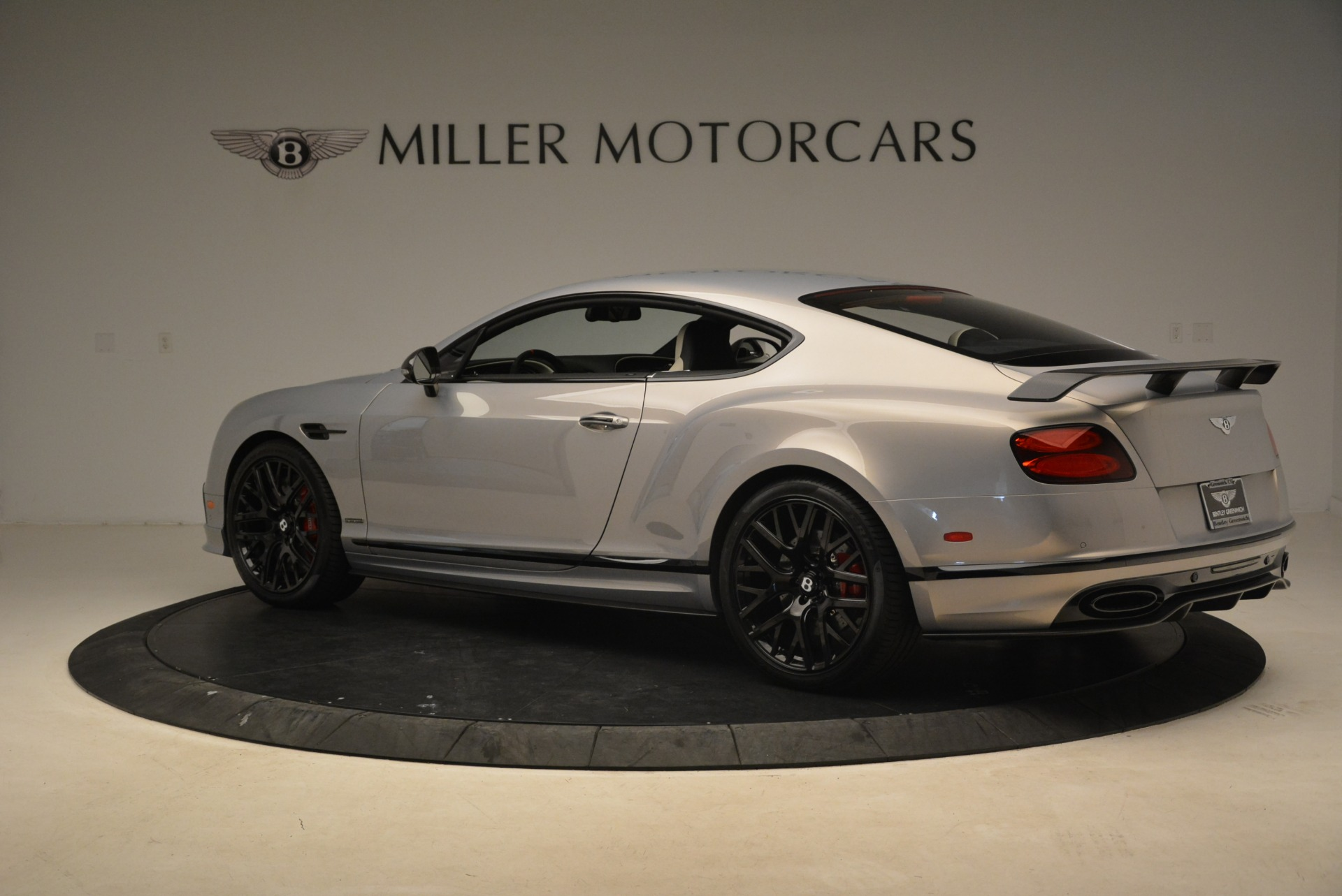Used 2017 Bentley Continental GT Supersports For Sale In Greenwich, CT. Alfa Romeo of Greenwich, B1351 2206_p4