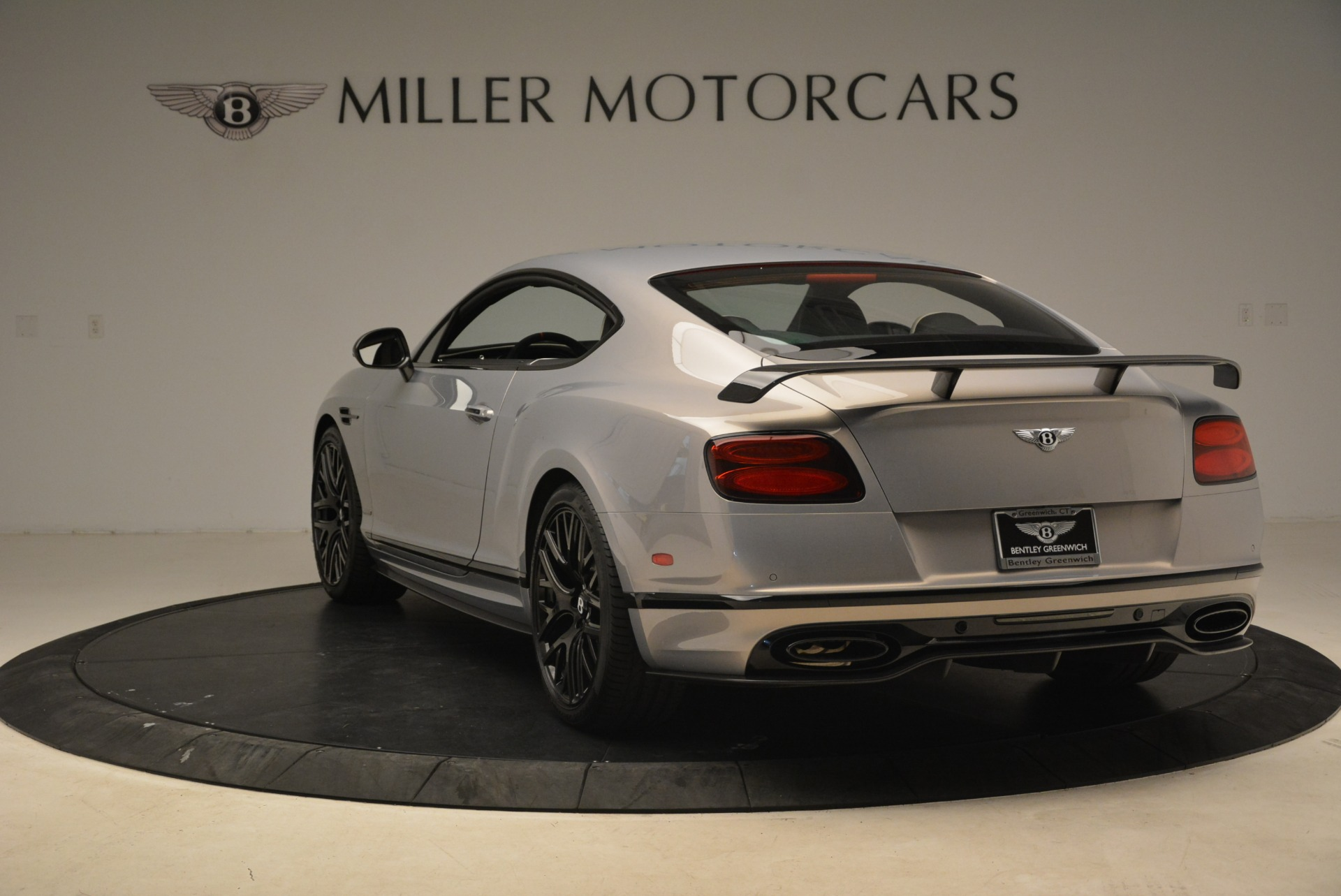 Used 2017 Bentley Continental GT Supersports For Sale In Greenwich, CT. Alfa Romeo of Greenwich, B1351 2206_p5