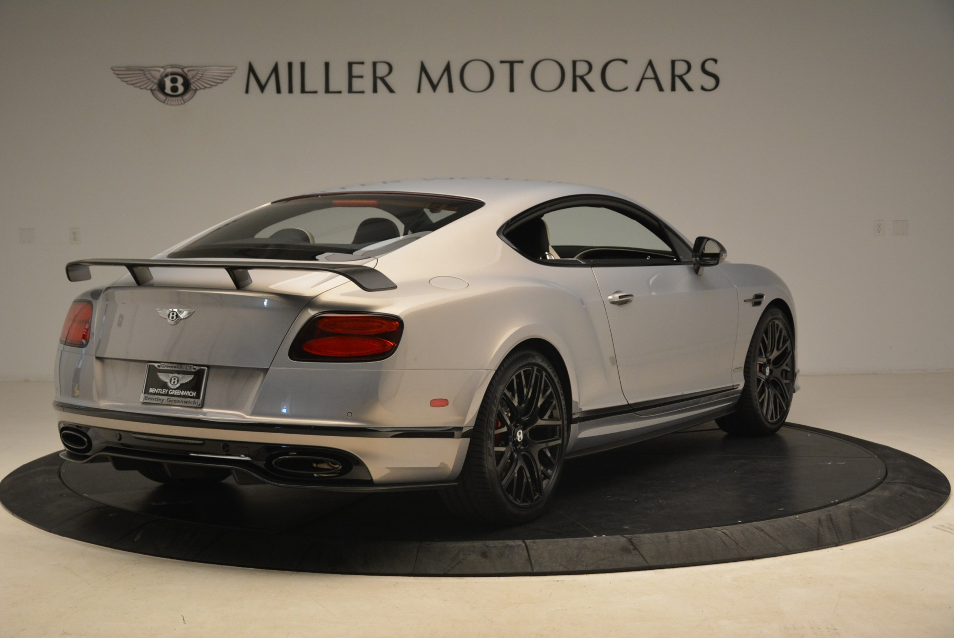 Used 2017 Bentley Continental GT Supersports For Sale In Greenwich, CT. Alfa Romeo of Greenwich, B1351 2206_p7
