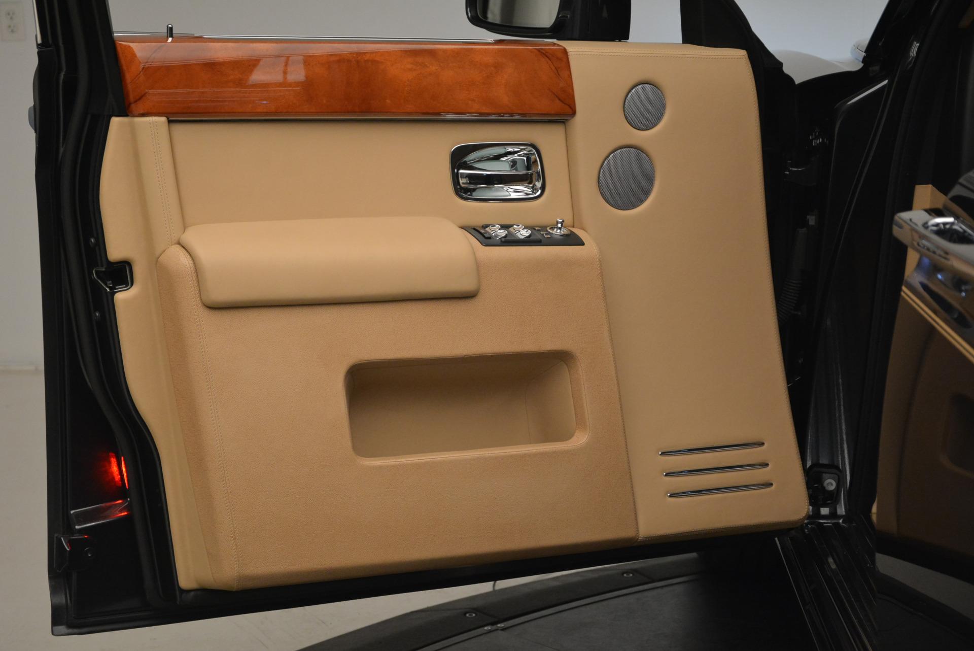 Used 2013 Rolls-Royce Phantom  For Sale In Greenwich, CT. Alfa Romeo of Greenwich, 7353 2208_p13