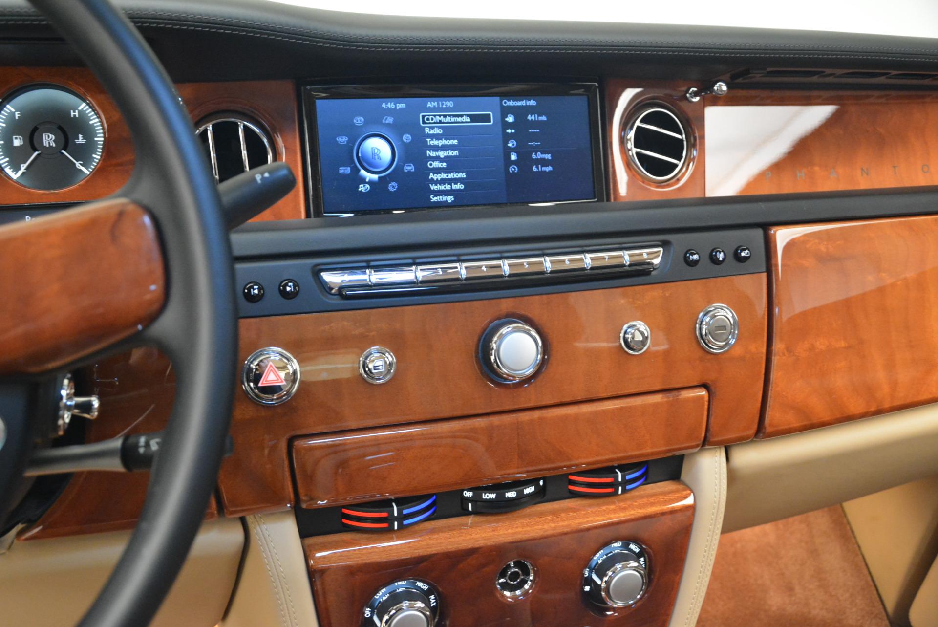 Used 2013 Rolls-Royce Phantom  For Sale In Greenwich, CT. Alfa Romeo of Greenwich, 7353 2208_p16