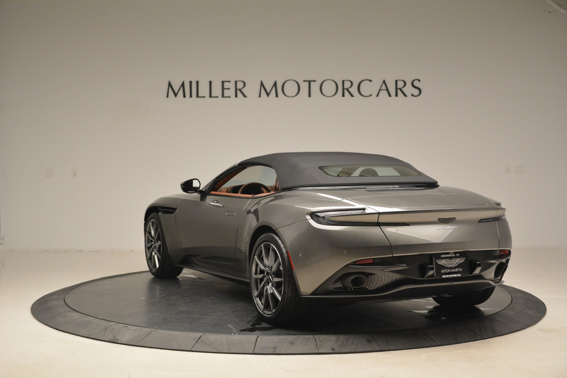 New 2019 Aston Martin DB11 Volante  For Sale In Greenwich, CT. Alfa Romeo of Greenwich, A1284 2209_p17
