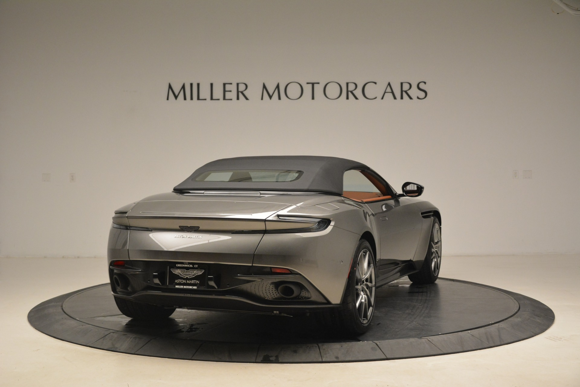 New 2019 Aston Martin DB11 Volante  For Sale In Greenwich, CT. Alfa Romeo of Greenwich, A1284 2209_p19