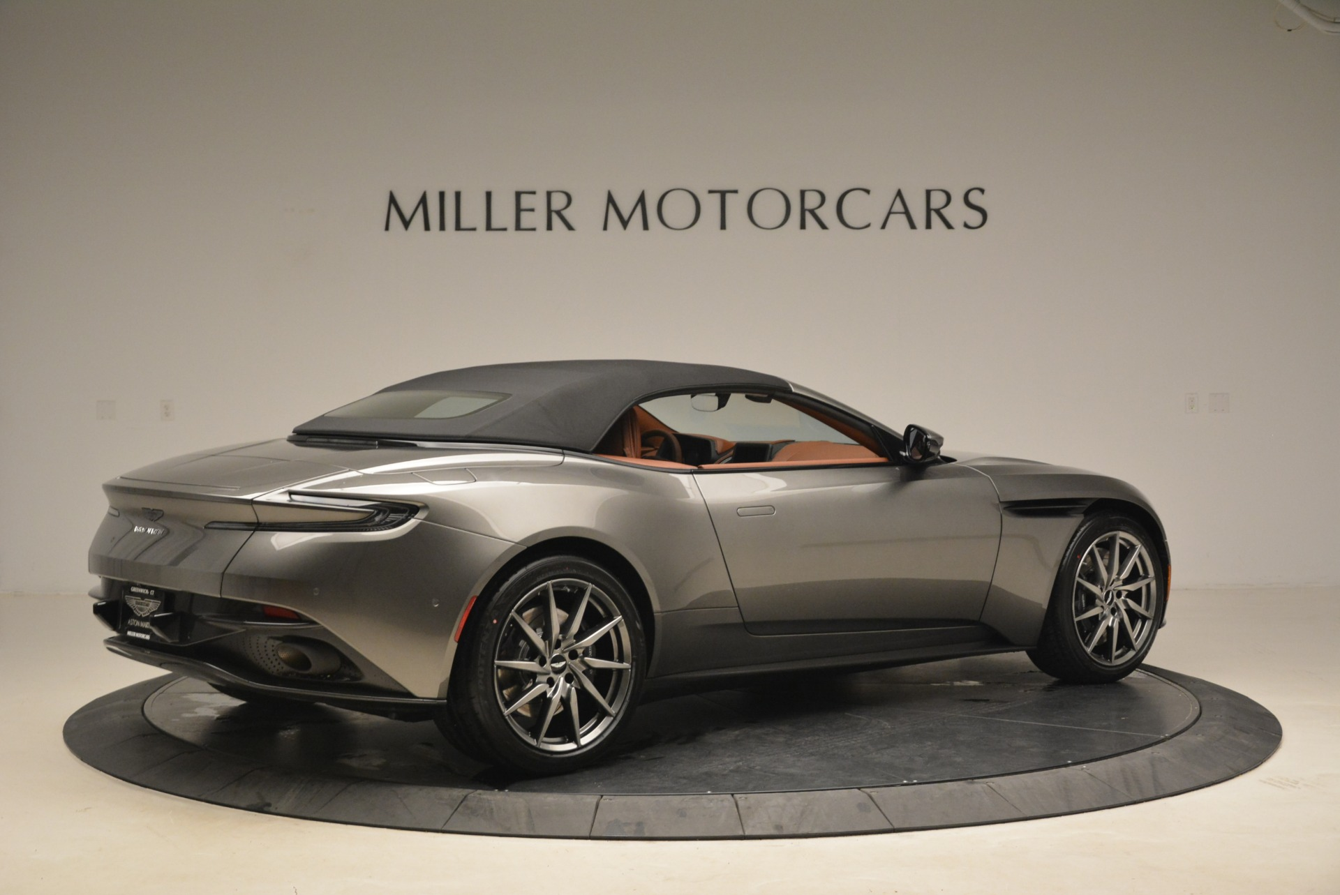 New 2019 Aston Martin DB11 Volante  For Sale In Greenwich, CT. Alfa Romeo of Greenwich, A1284 2209_p20