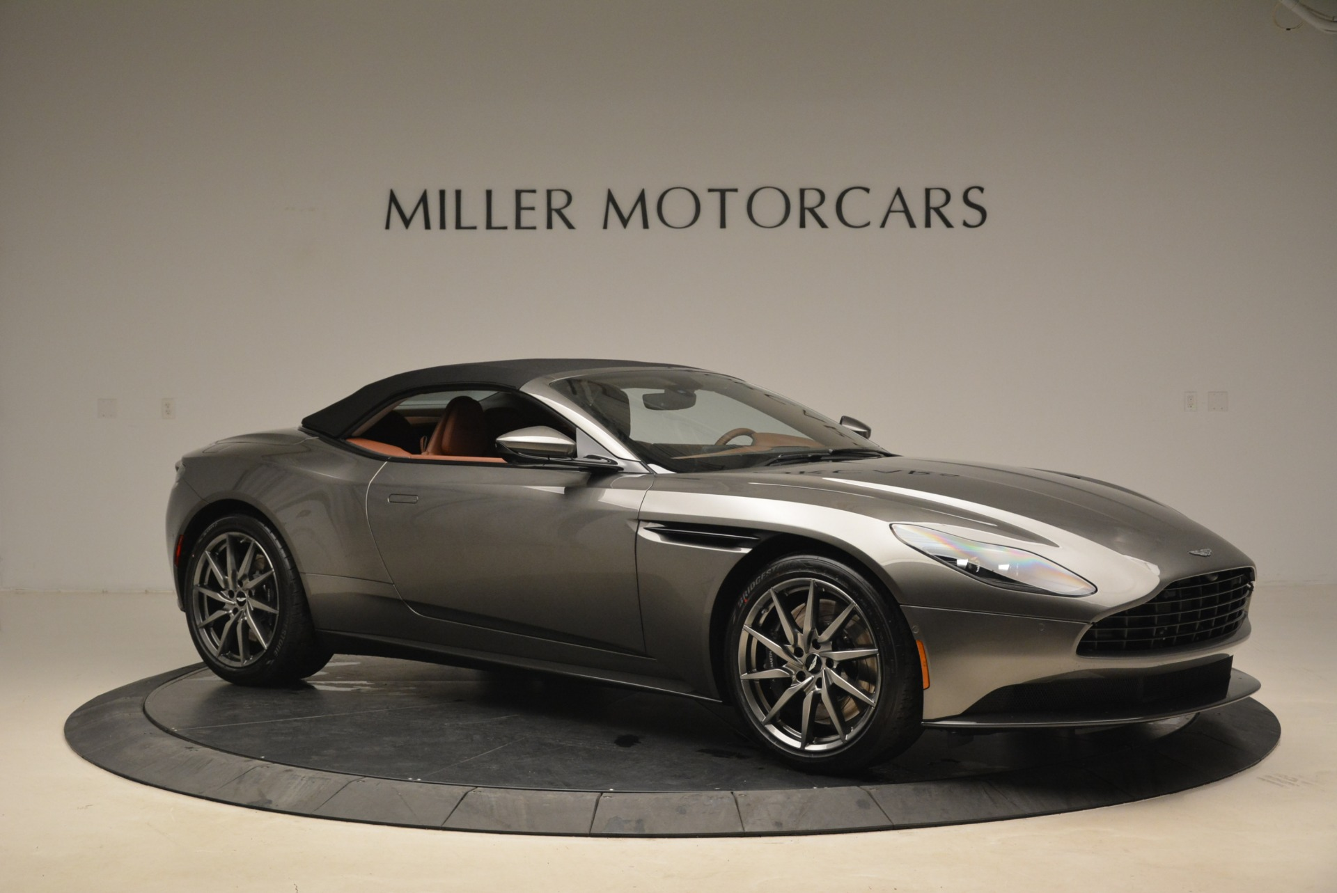 New 2019 Aston Martin DB11 Volante  For Sale In Greenwich, CT. Alfa Romeo of Greenwich, A1284 2209_p22