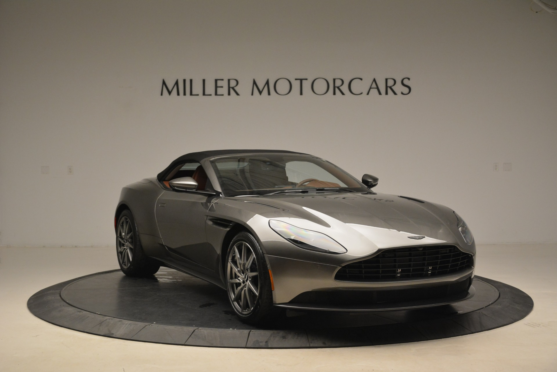 New 2019 Aston Martin DB11 Volante  For Sale In Greenwich, CT. Alfa Romeo of Greenwich, A1284 2209_p23