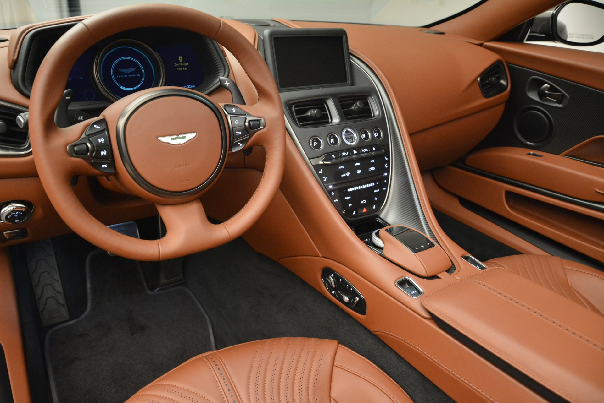 New 2019 Aston Martin DB11 Volante  For Sale In Greenwich, CT. Alfa Romeo of Greenwich, A1284 2209_p26