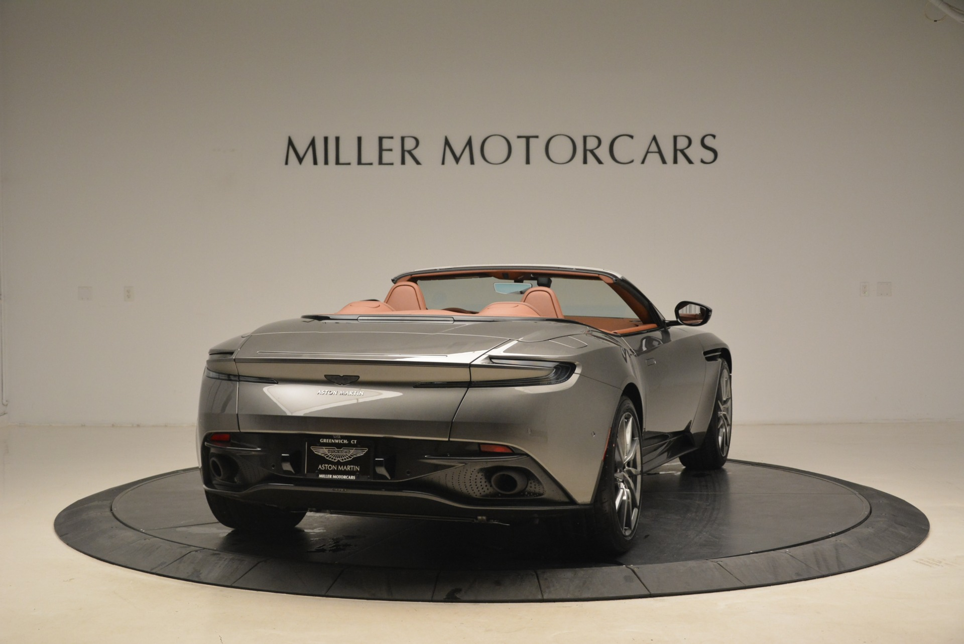 New 2019 Aston Martin DB11 Volante  For Sale In Greenwich, CT. Alfa Romeo of Greenwich, A1284 2209_p7