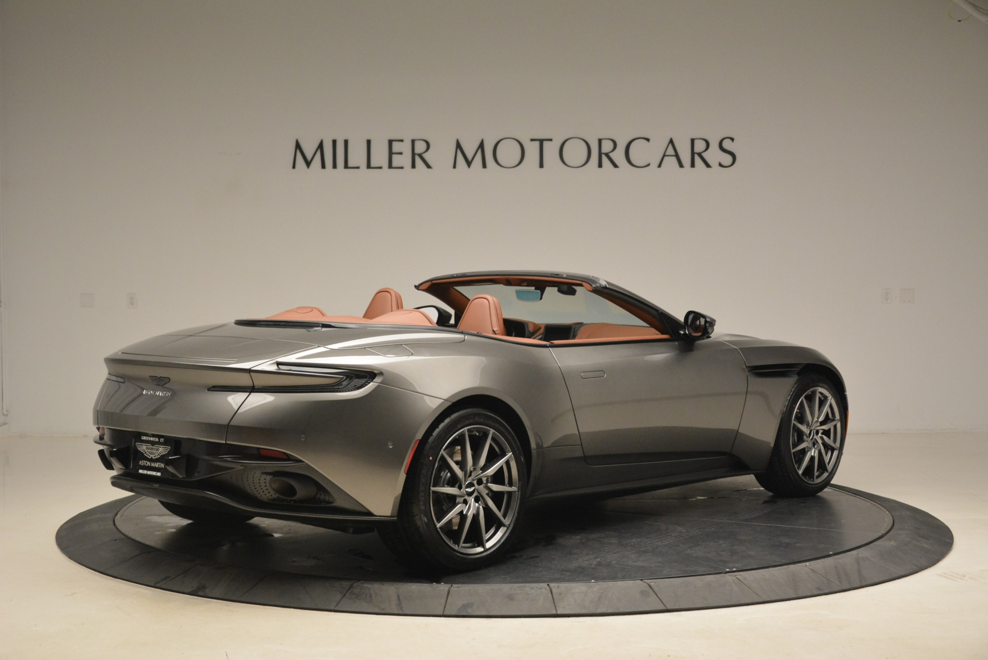 New 2019 Aston Martin DB11 Volante  For Sale In Greenwich, CT. Alfa Romeo of Greenwich, A1284 2209_p8