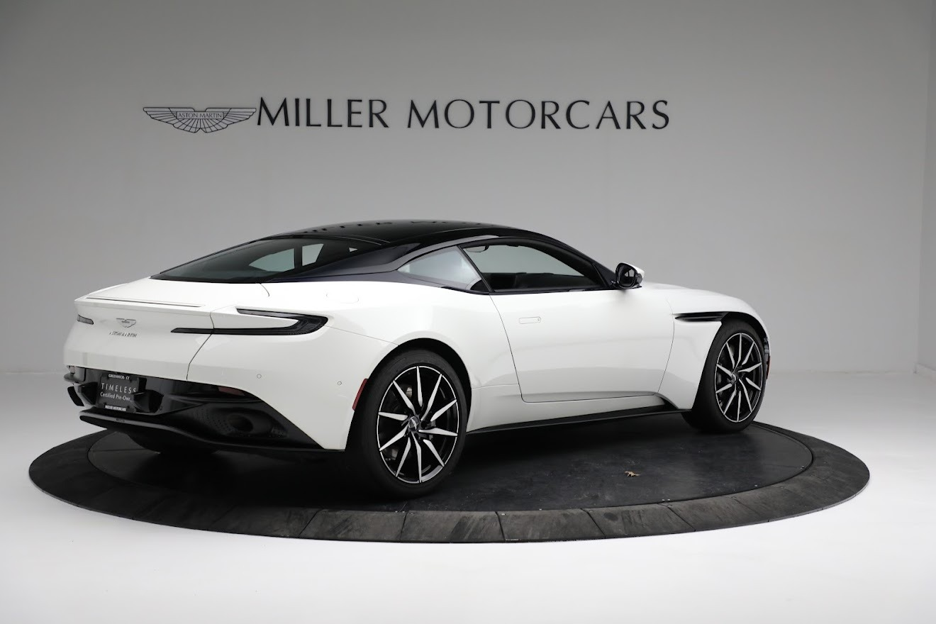 New 2018 Aston Martin DB11 V8 Coupe For Sale In Greenwich, CT. Alfa Romeo of Greenwich, A1279 2211_p7