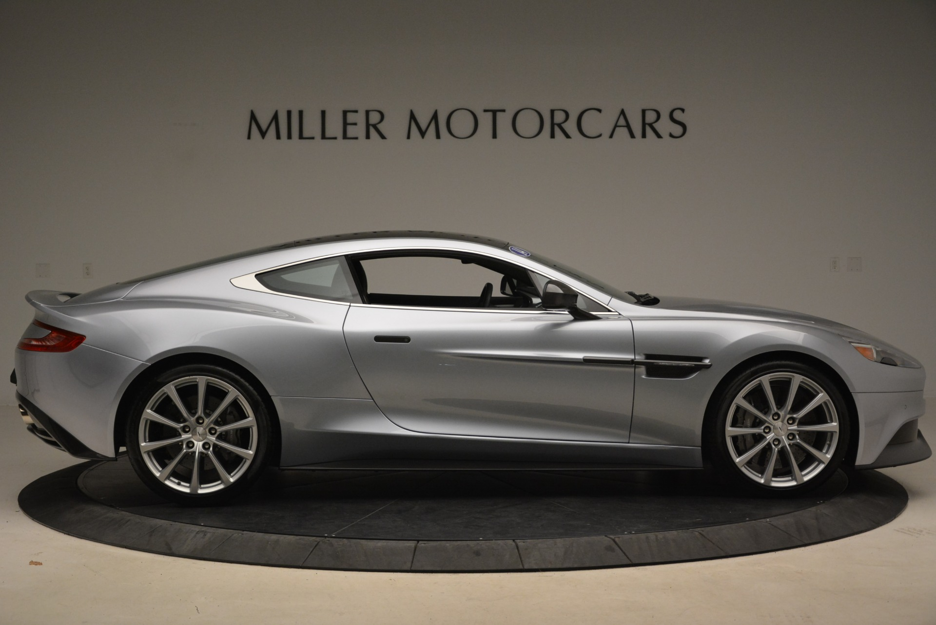 Used 2014 Aston Martin Vanquish  For Sale In Greenwich, CT. Alfa Romeo of Greenwich, B1349A 2212_p9