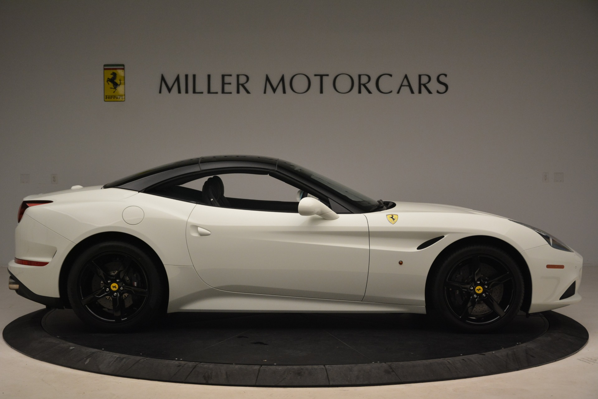 Used 2016 Ferrari California T  For Sale In Greenwich, CT. Alfa Romeo of Greenwich, 4541 2213_p21