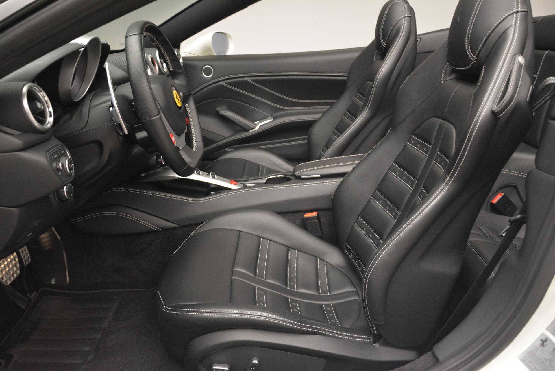 Used 2016 Ferrari California T  For Sale In Greenwich, CT. Alfa Romeo of Greenwich, 4541 2213_p26
