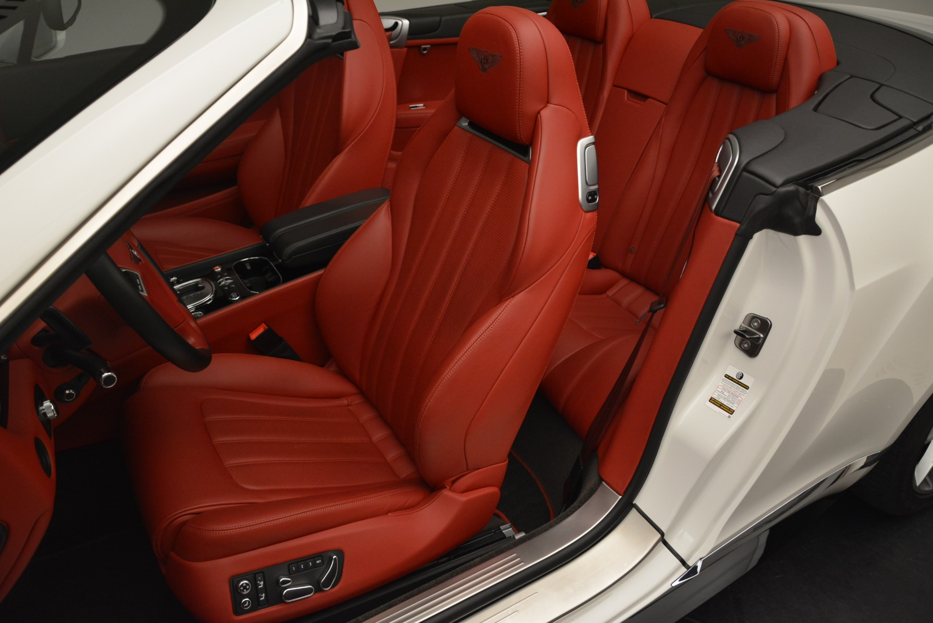 Used 2015 Bentley Continental GT V8 S For Sale In Greenwich, CT. Alfa Romeo of Greenwich, 7358 2214_p21