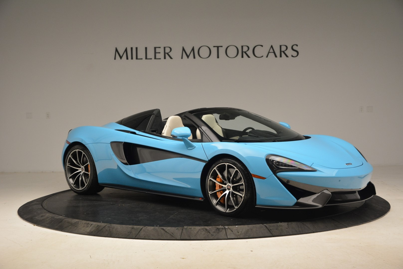 Used 2018 McLaren 570S Spider For Sale In Greenwich, CT. Alfa Romeo of Greenwich, MC355 2215_p10