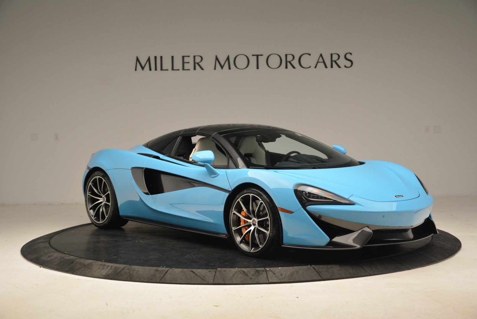 Used 2018 McLaren 570S Spider For Sale In Greenwich, CT. Alfa Romeo of Greenwich, MC355 2215_p21