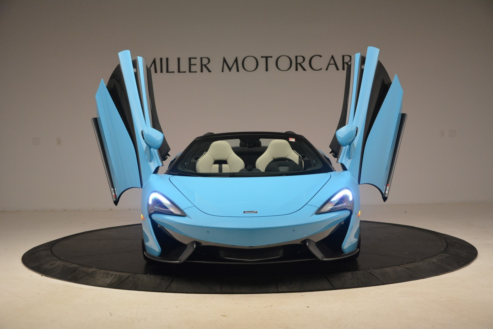 Used 2018 McLaren 570S Spider For Sale In Greenwich, CT. Alfa Romeo of Greenwich, MC355 2215_p22