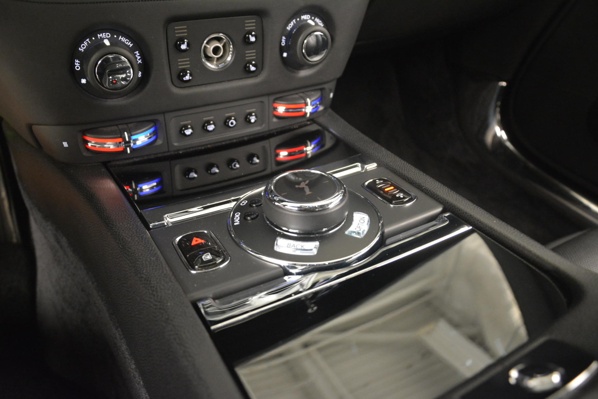 Used 2014 Rolls-Royce Wraith  For Sale In Greenwich, CT. Alfa Romeo of Greenwich, R432A 2216_p22