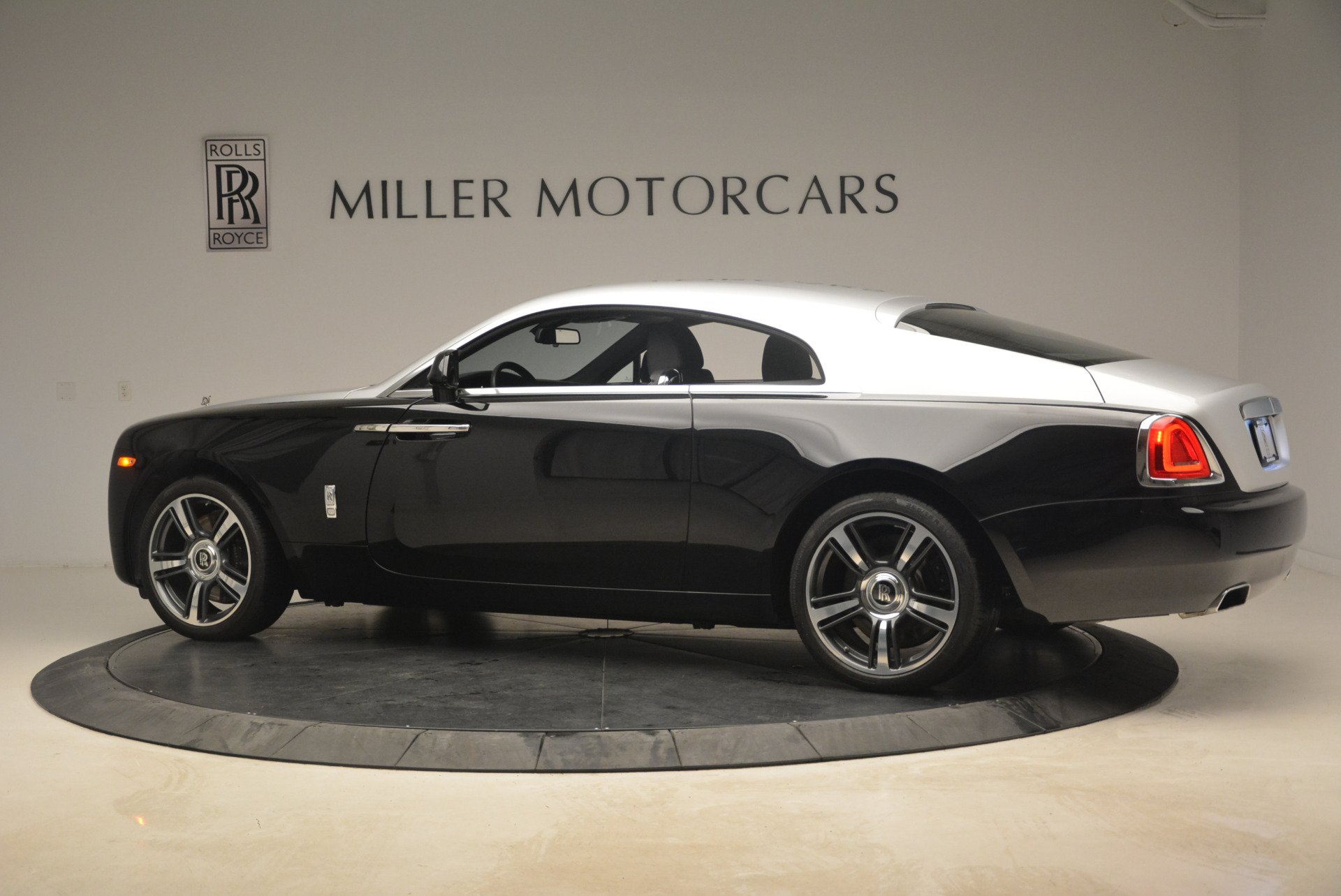 Used 2014 Rolls-Royce Wraith  For Sale In Greenwich, CT. Alfa Romeo of Greenwich, R432A 2216_p4