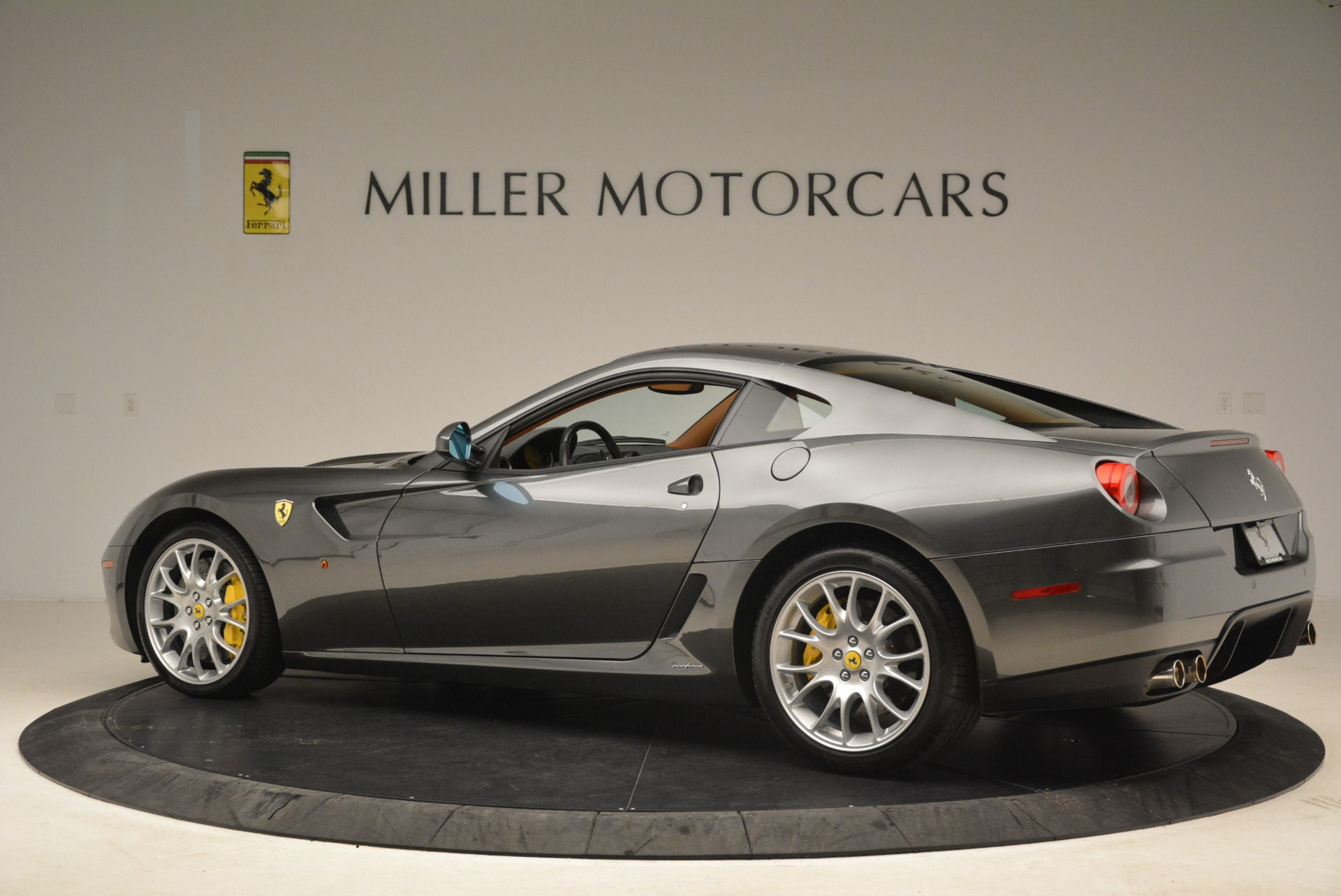Used 2010 Ferrari 599 GTB Fiorano  For Sale In Greenwich, CT. Alfa Romeo of Greenwich, 4474 2219_p4