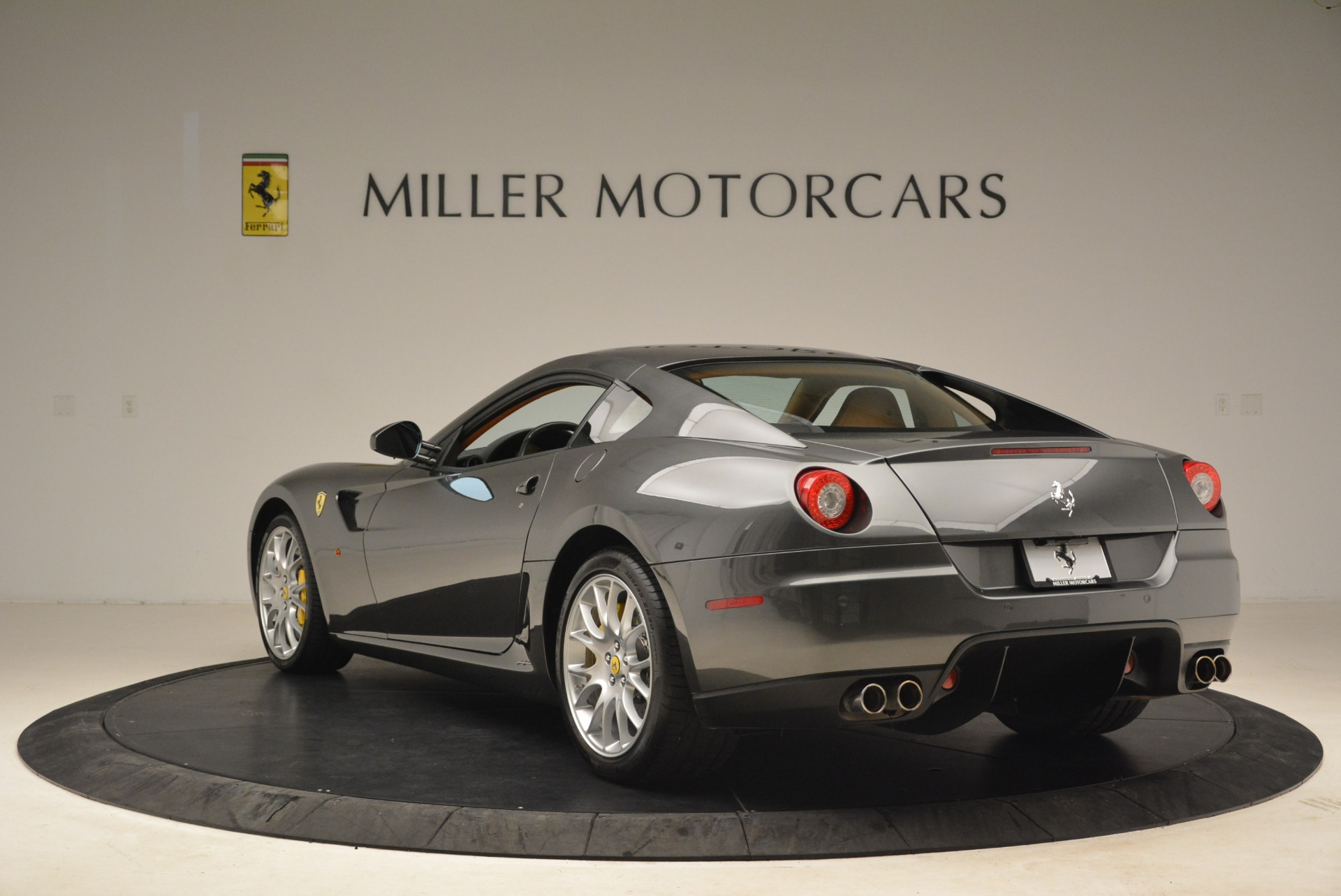 Used 2010 Ferrari 599 GTB Fiorano  For Sale In Greenwich, CT. Alfa Romeo of Greenwich, 4474 2219_p5