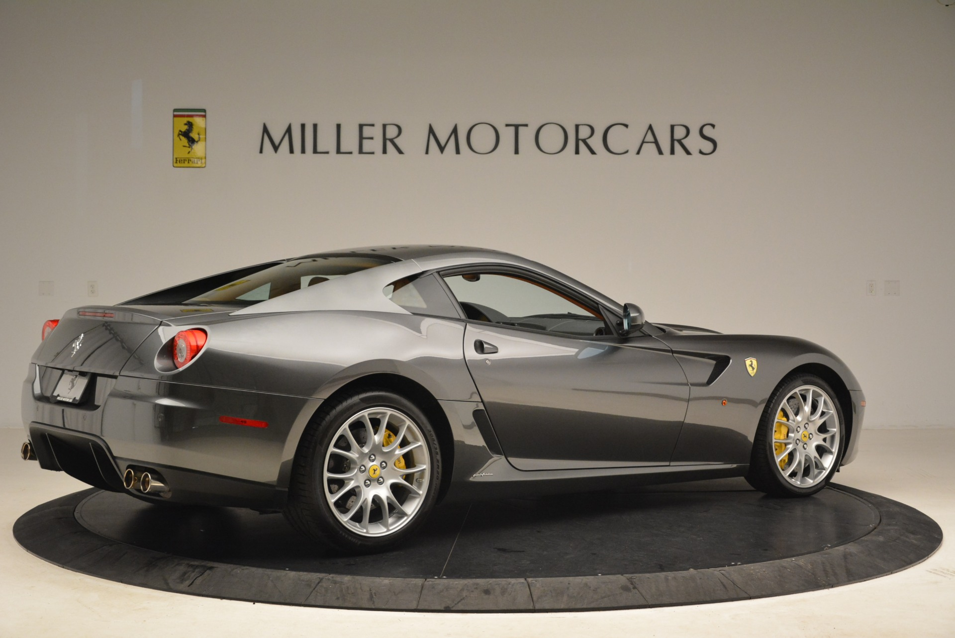 Used 2010 Ferrari 599 GTB Fiorano  For Sale In Greenwich, CT. Alfa Romeo of Greenwich, 4474 2219_p8