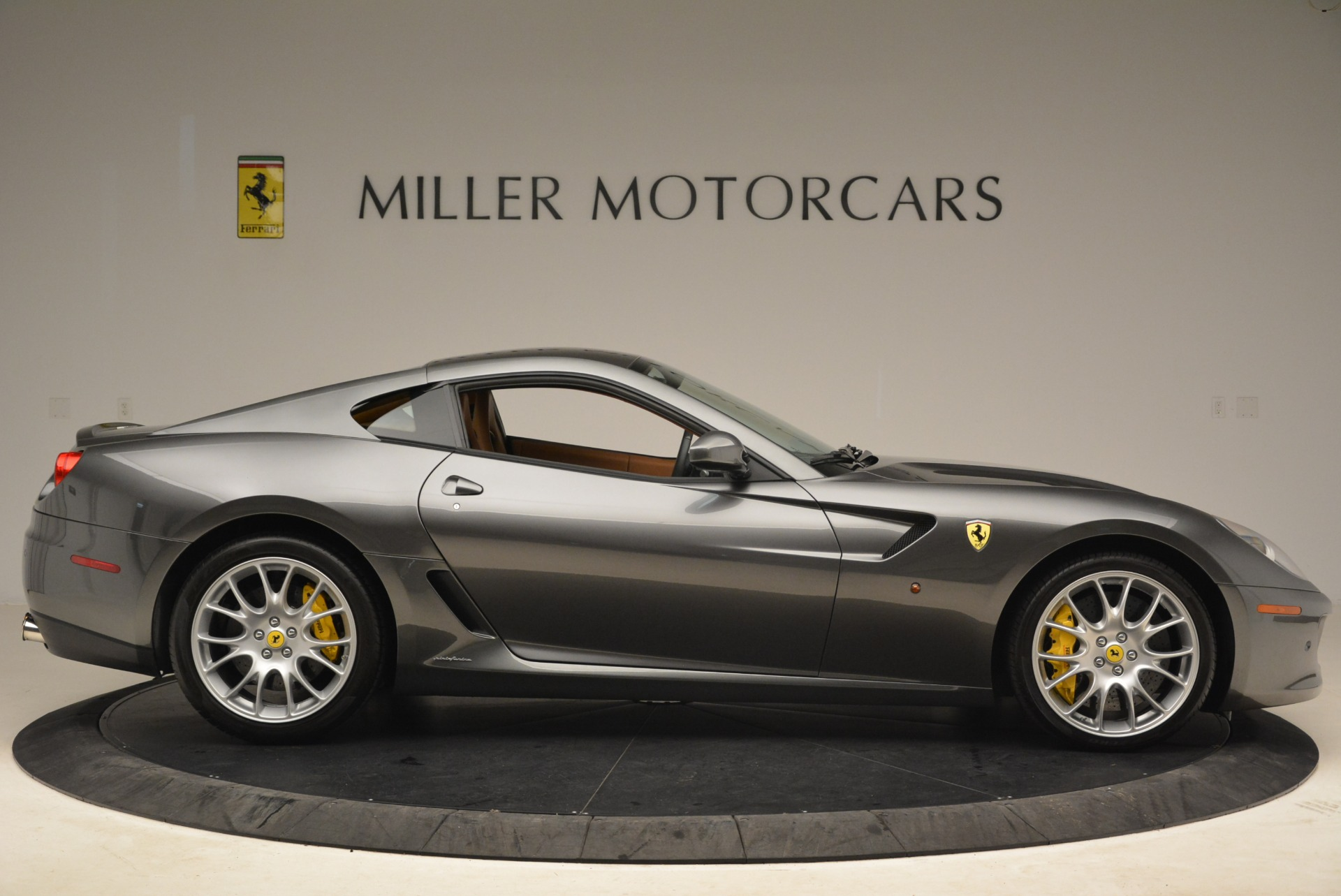 Used 2010 Ferrari 599 GTB Fiorano  For Sale In Greenwich, CT. Alfa Romeo of Greenwich, 4474 2219_p9