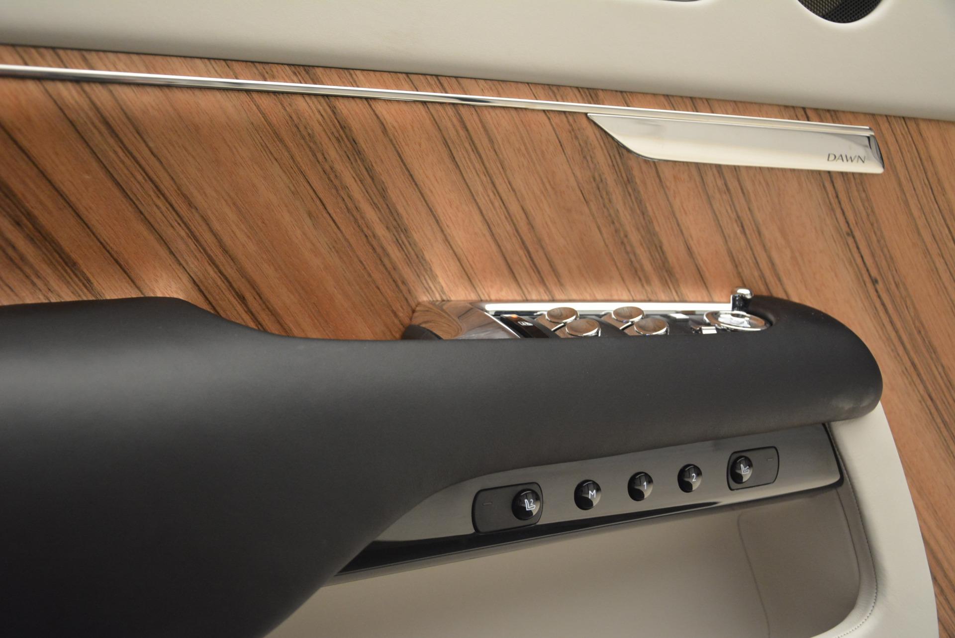 Used 2016 Rolls-Royce Dawn  For Sale In Greenwich, CT. Alfa Romeo of Greenwich, F1860A 2220_p30