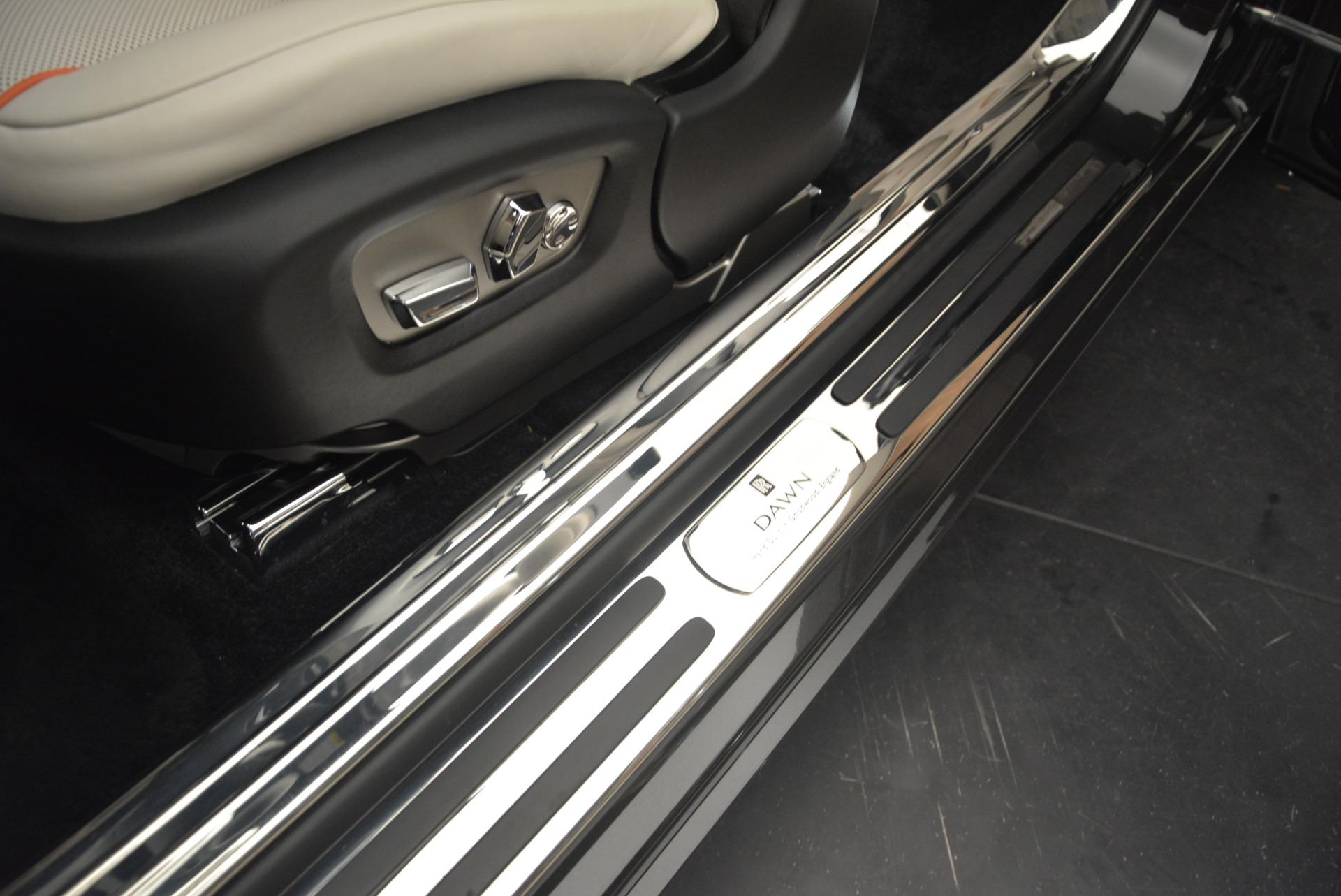 Used 2016 Rolls-Royce Dawn  For Sale In Greenwich, CT. Alfa Romeo of Greenwich, F1860A 2220_p31