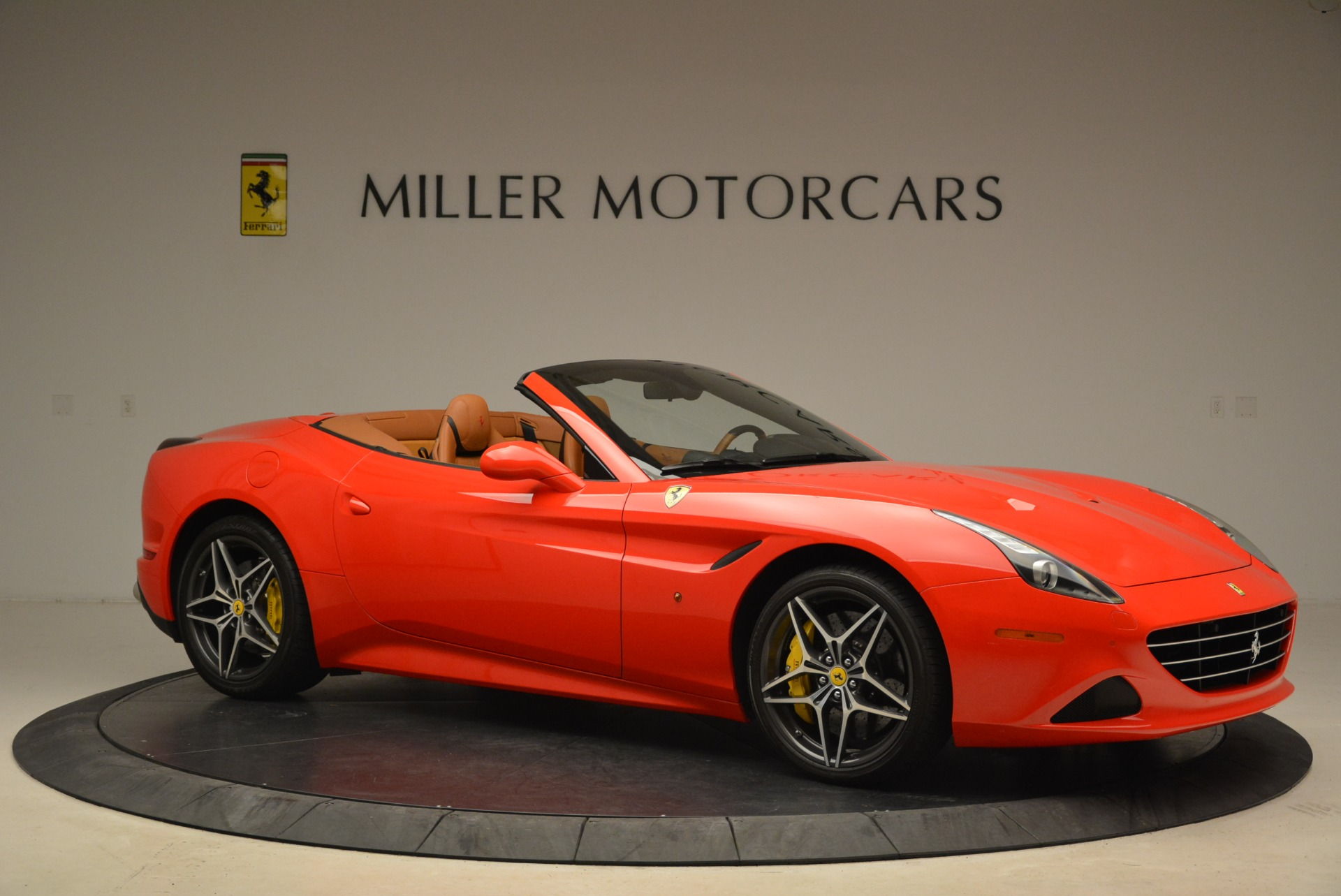 Used 2015 Ferrari California T  For Sale In Greenwich, CT. Alfa Romeo of Greenwich, 4475 2221_p10