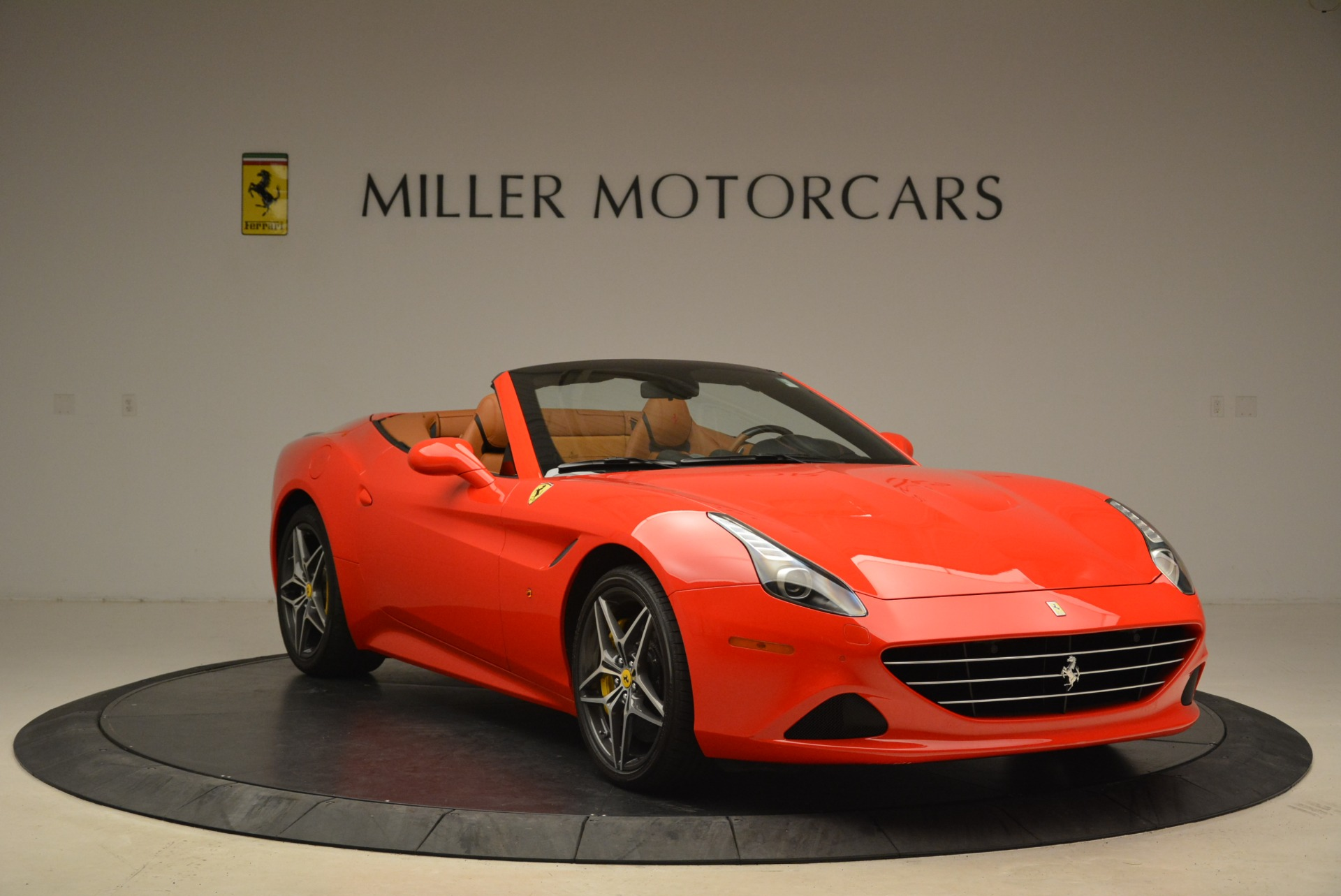 Used 2015 Ferrari California T  For Sale In Greenwich, CT. Alfa Romeo of Greenwich, 4475 2221_p11