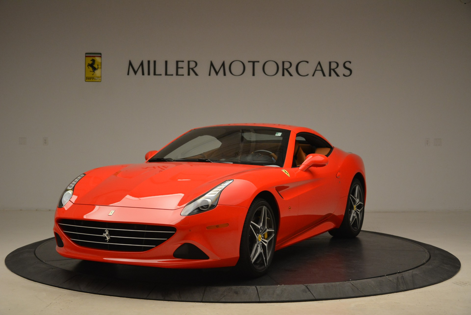 Used 2015 Ferrari California T  For Sale In Greenwich, CT. Alfa Romeo of Greenwich, 4475 2221_p13