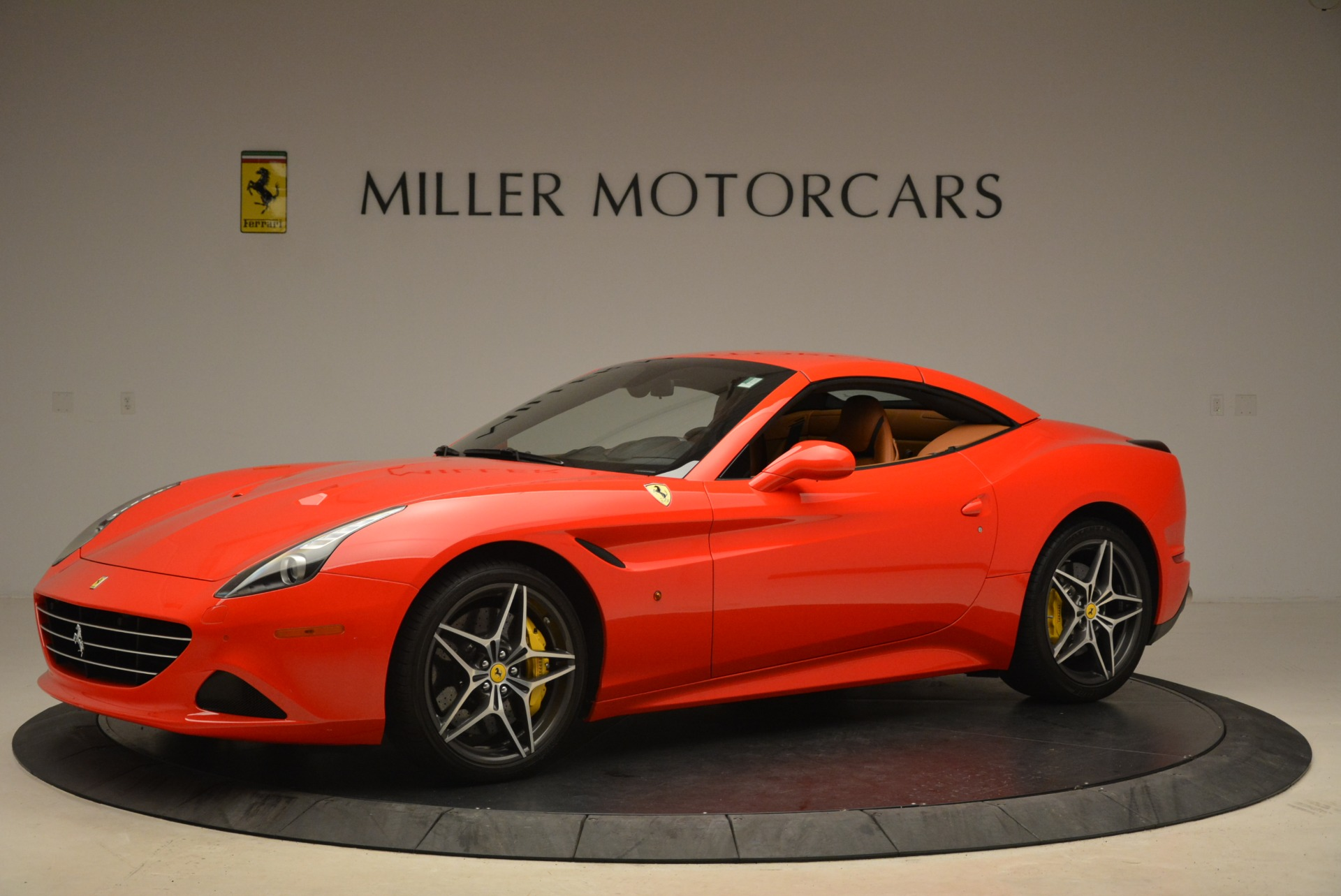 Used 2015 Ferrari California T  For Sale In Greenwich, CT. Alfa Romeo of Greenwich, 4475 2221_p14