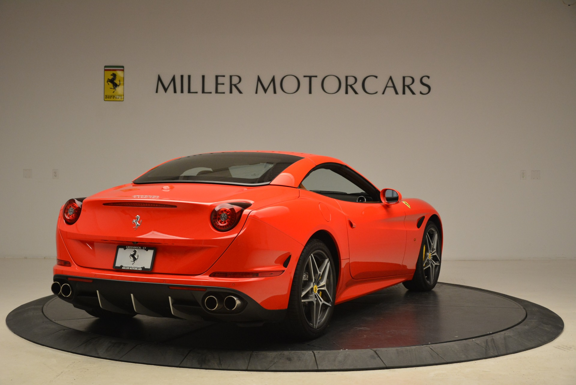 Used 2015 Ferrari California T  For Sale In Greenwich, CT. Alfa Romeo of Greenwich, 4475 2221_p19