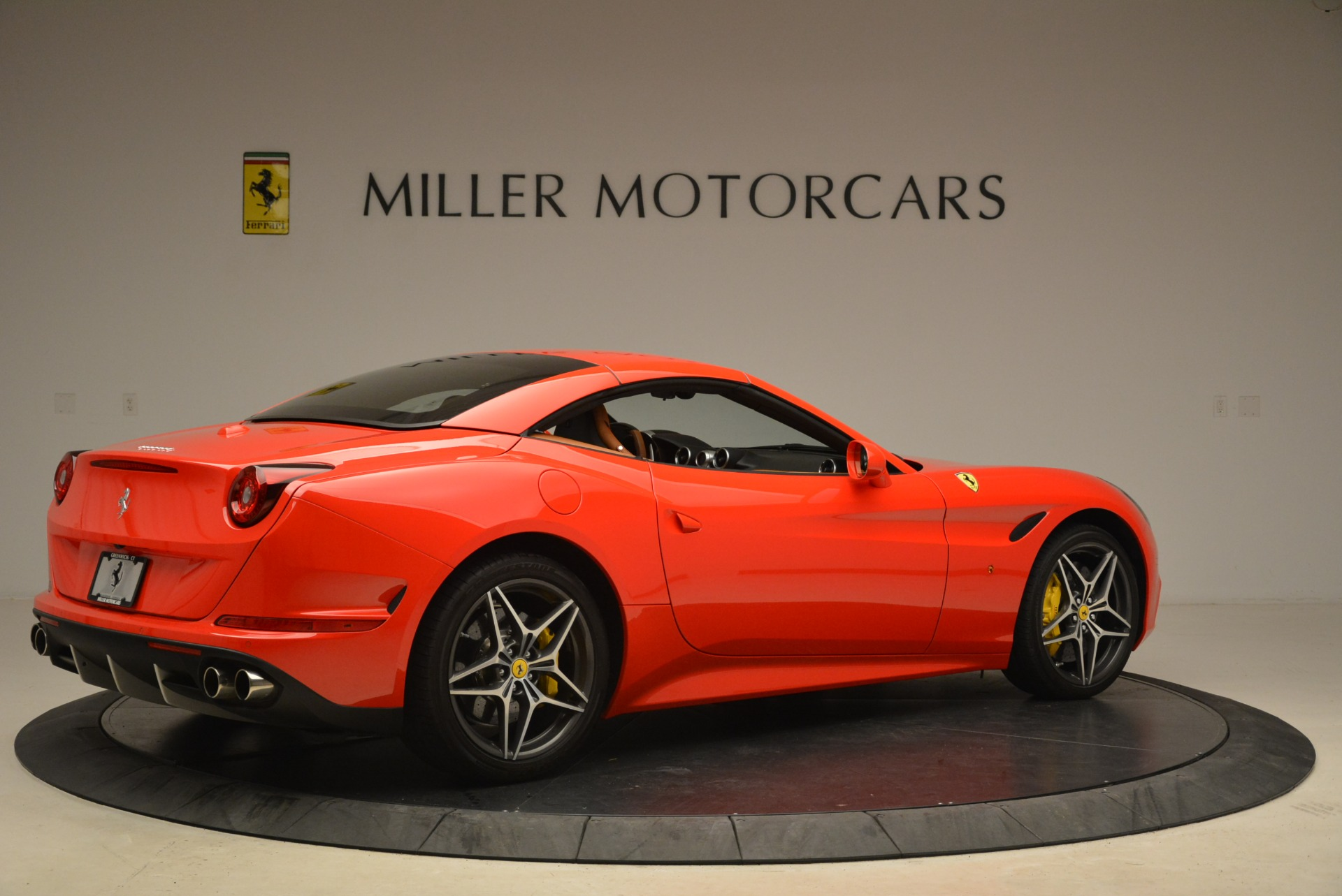 Used 2015 Ferrari California T  For Sale In Greenwich, CT. Alfa Romeo of Greenwich, 4475 2221_p20