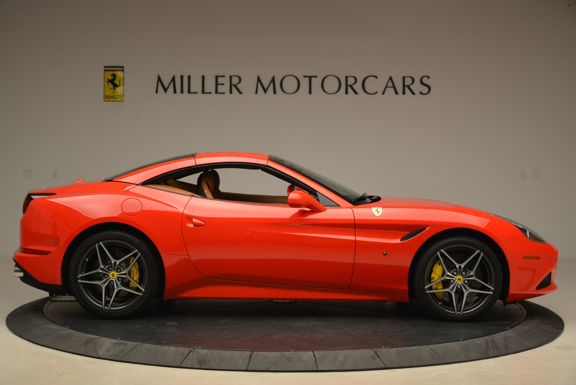 Used 2015 Ferrari California T  For Sale In Greenwich, CT. Alfa Romeo of Greenwich, 4475 2221_p21