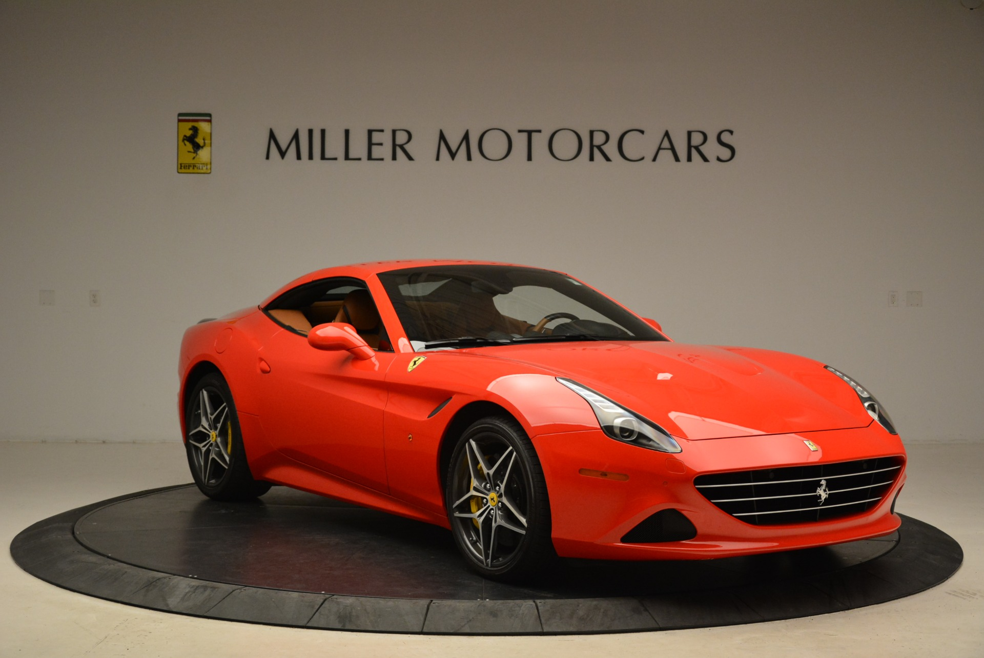 Used 2015 Ferrari California T  For Sale In Greenwich, CT. Alfa Romeo of Greenwich, 4475 2221_p23