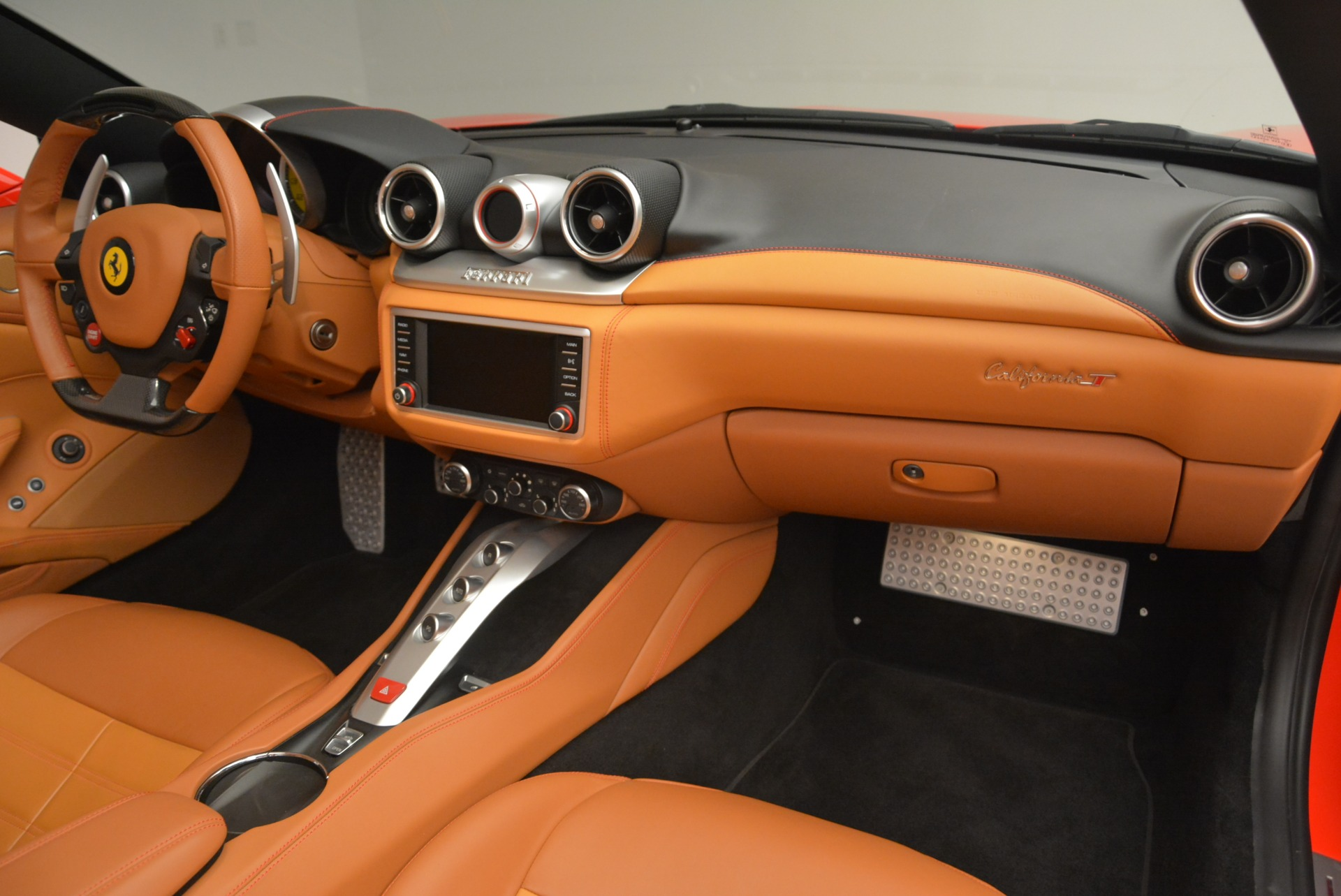 Used 2015 Ferrari California T  For Sale In Greenwich, CT. Alfa Romeo of Greenwich, 4475 2221_p30