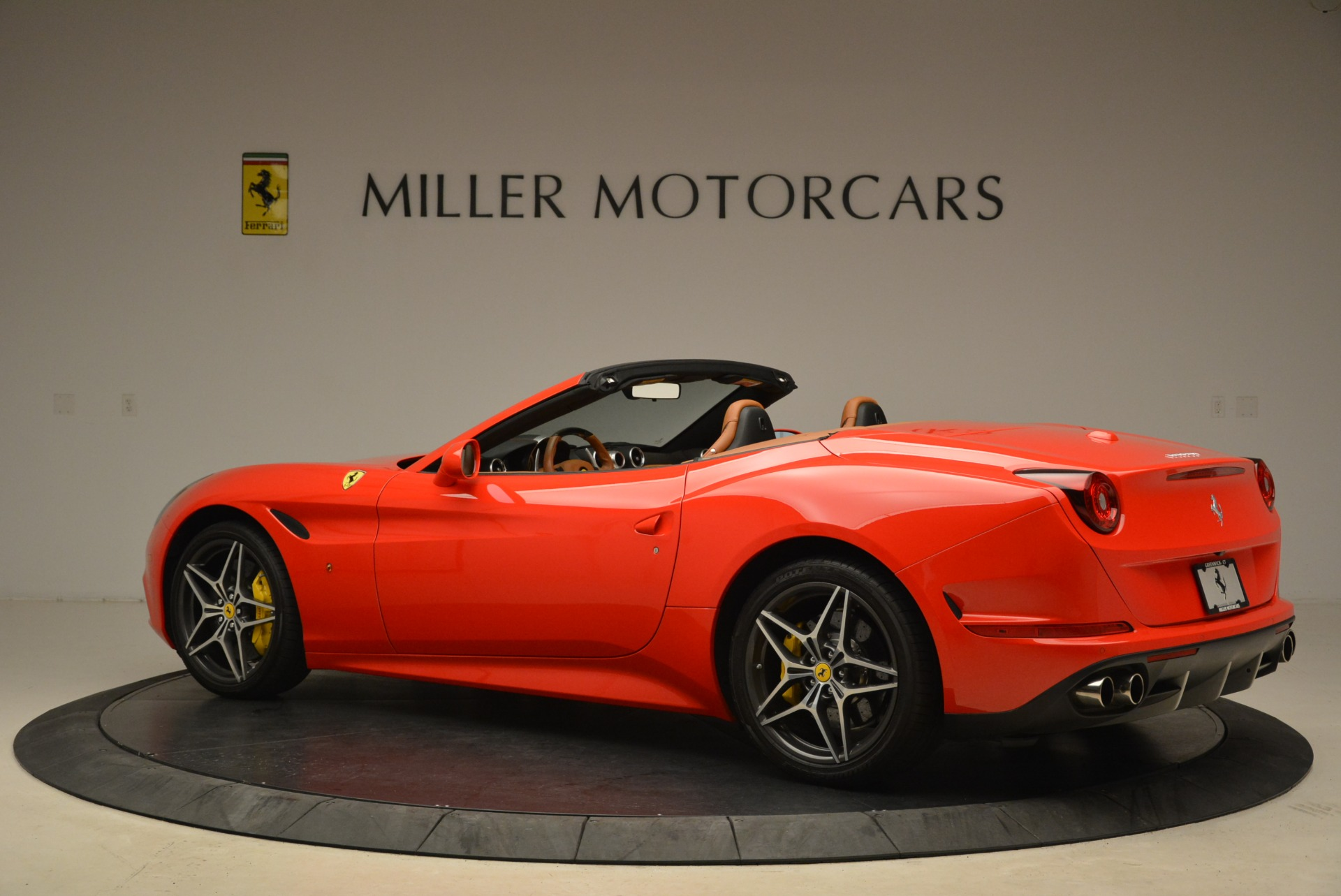 Used 2015 Ferrari California T  For Sale In Greenwich, CT. Alfa Romeo of Greenwich, 4475 2221_p4
