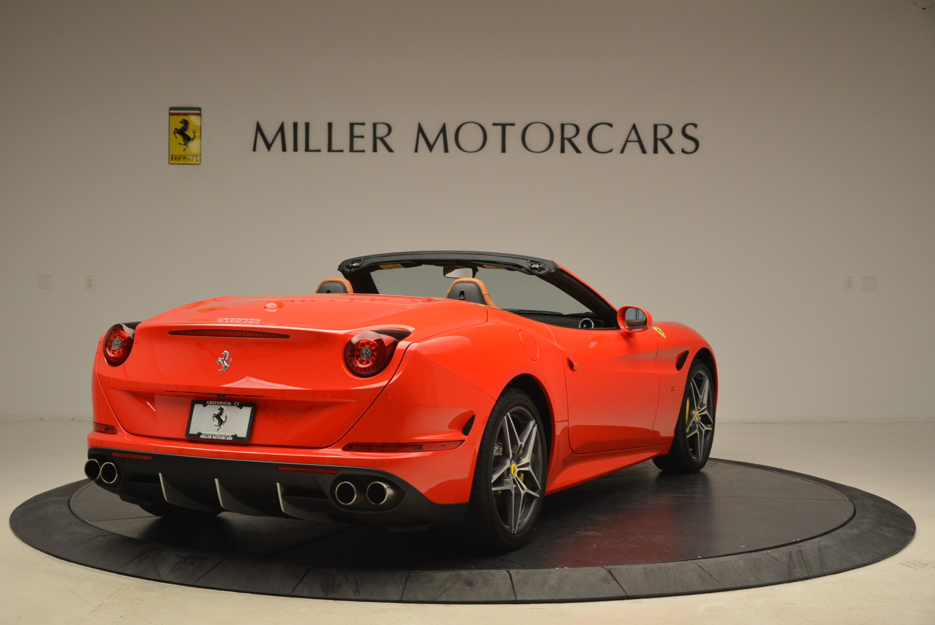 Used 2015 Ferrari California T  For Sale In Greenwich, CT. Alfa Romeo of Greenwich, 4475 2221_p7
