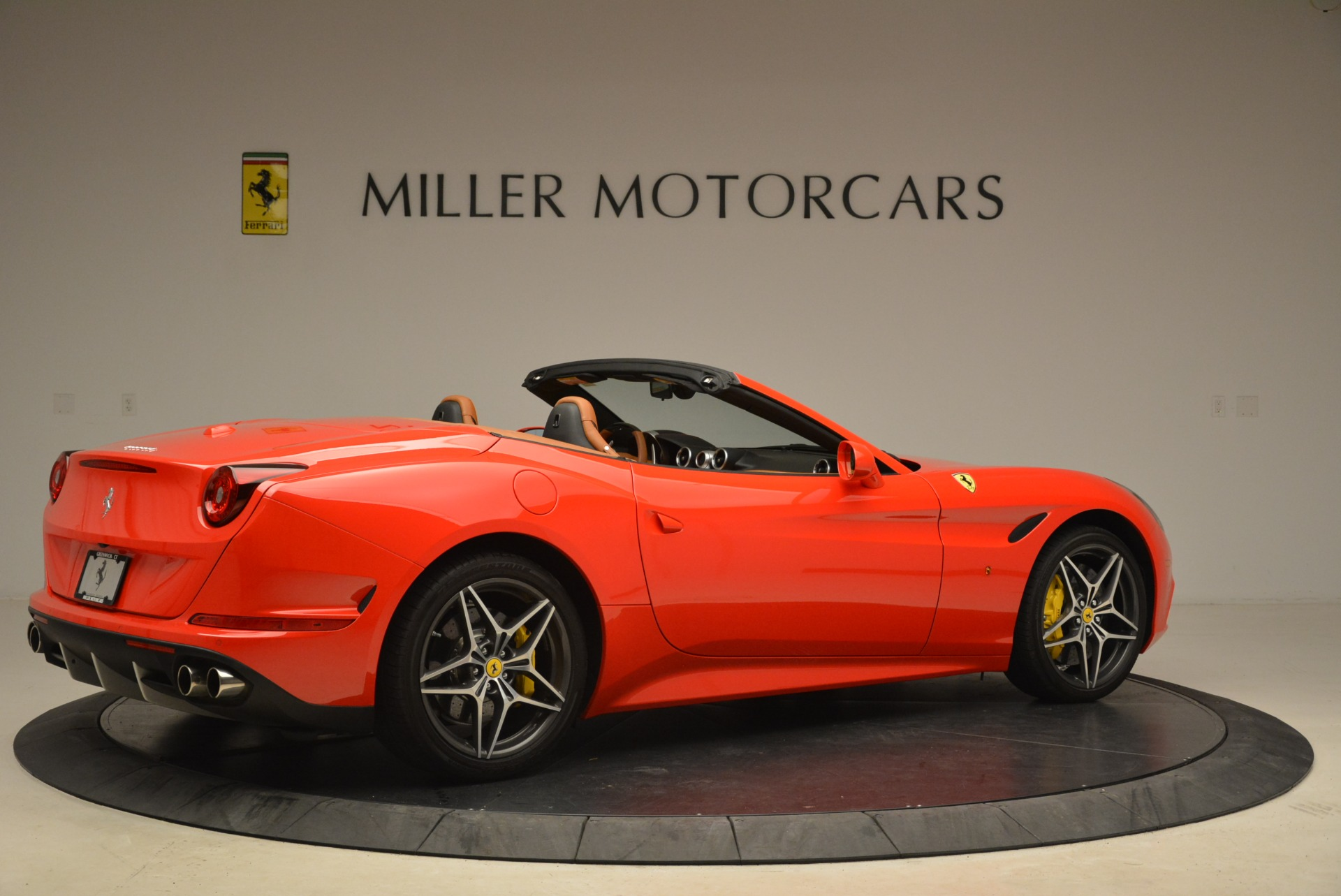 Used 2015 Ferrari California T  For Sale In Greenwich, CT. Alfa Romeo of Greenwich, 4475 2221_p8