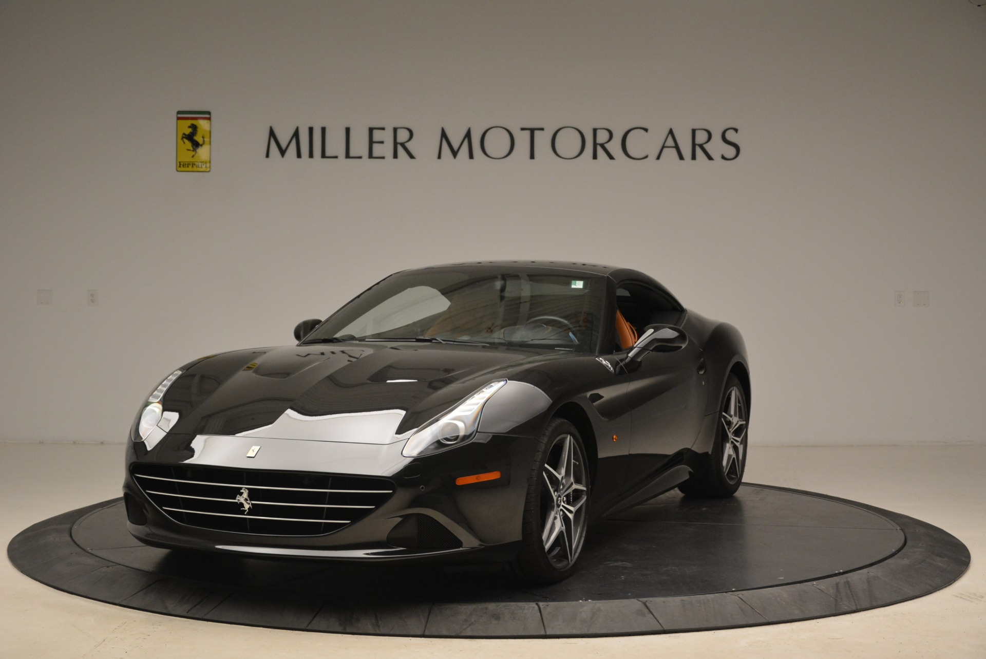 Used 2015 Ferrari California T  For Sale In Greenwich, CT. Alfa Romeo of Greenwich, 4458A 2224_p13