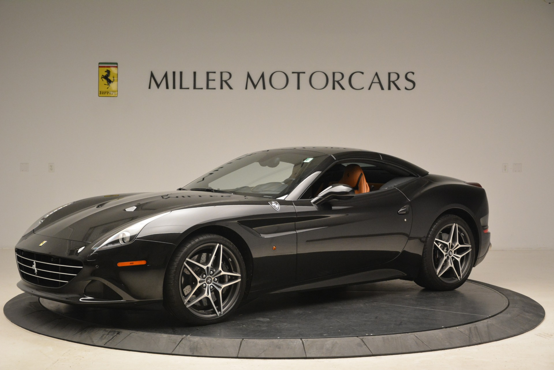 Used 2015 Ferrari California T  For Sale In Greenwich, CT. Alfa Romeo of Greenwich, 4458A 2224_p14