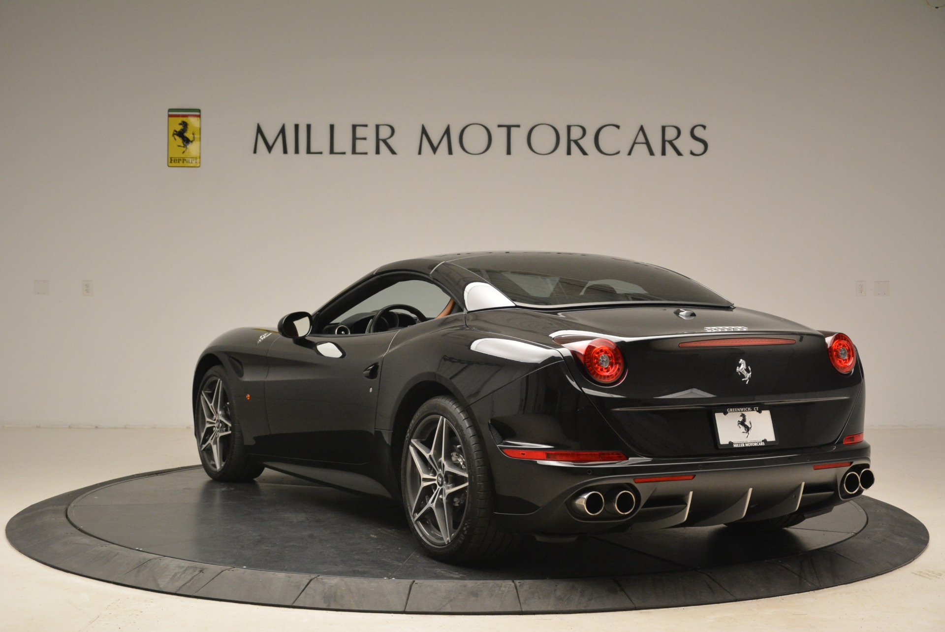 Used 2015 Ferrari California T  For Sale In Greenwich, CT. Alfa Romeo of Greenwich, 4458A 2224_p17