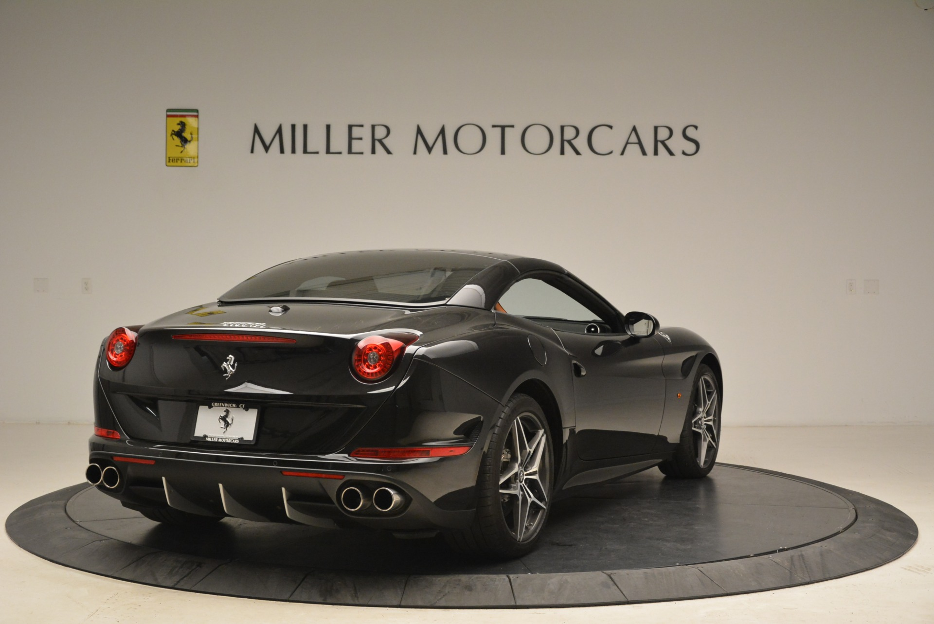 Used 2015 Ferrari California T  For Sale In Greenwich, CT. Alfa Romeo of Greenwich, 4458A 2224_p19