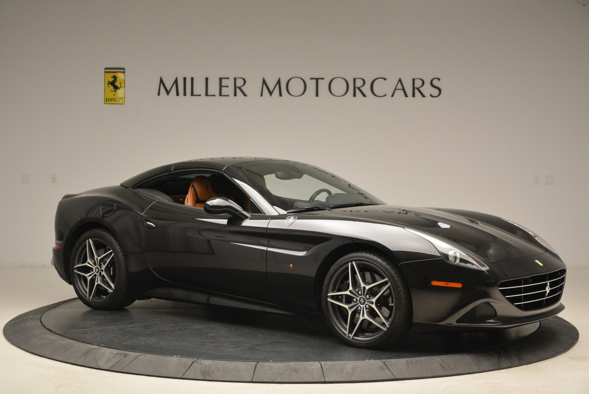 Used 2015 Ferrari California T  For Sale In Greenwich, CT. Alfa Romeo of Greenwich, 4458A 2224_p22