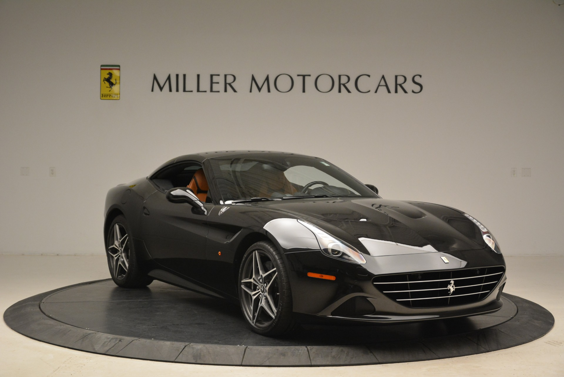 Used 2015 Ferrari California T  For Sale In Greenwich, CT. Alfa Romeo of Greenwich, 4458A 2224_p23